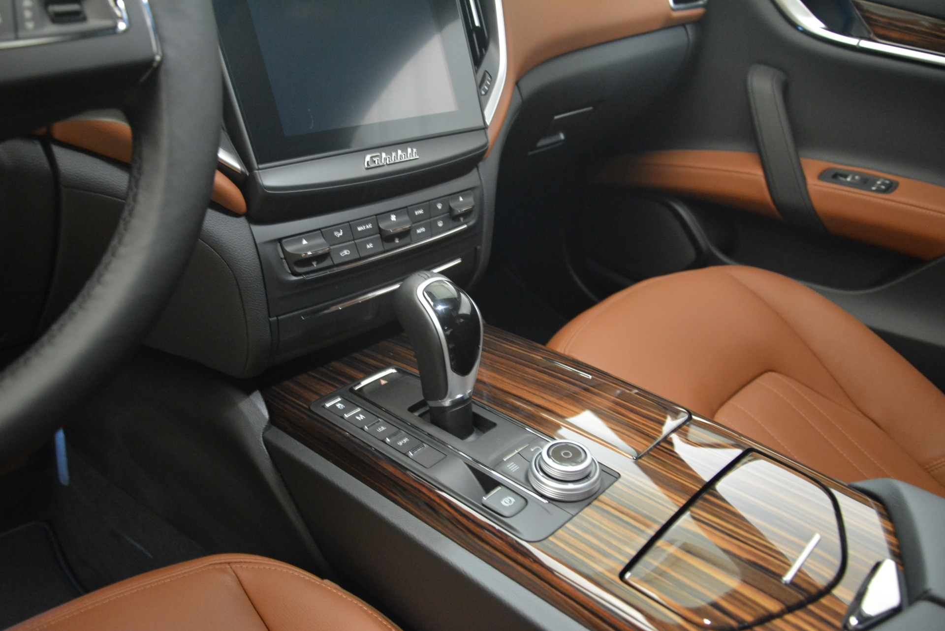 New 2018 Maserati Ghibli S Q4 For Sale In Westport, CT 2074_p17