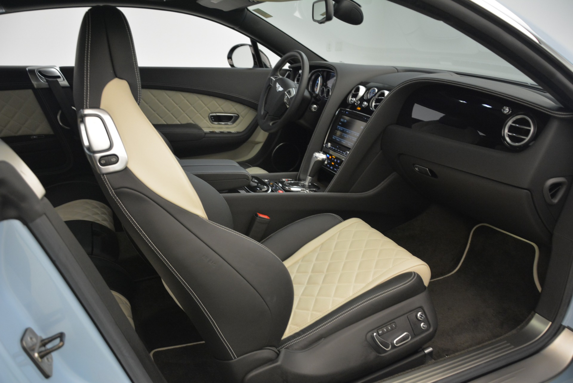 Used 2016 Bentley Continental GT V8 S For Sale In Westport, CT 2077_p29