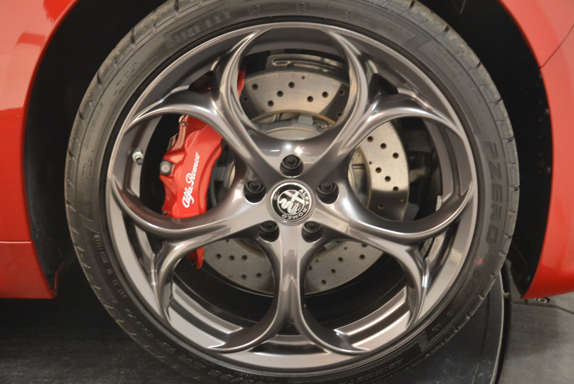 New 2018 Alfa Romeo Giulia Quadrifoglio For Sale In Westport, CT 2081_p25