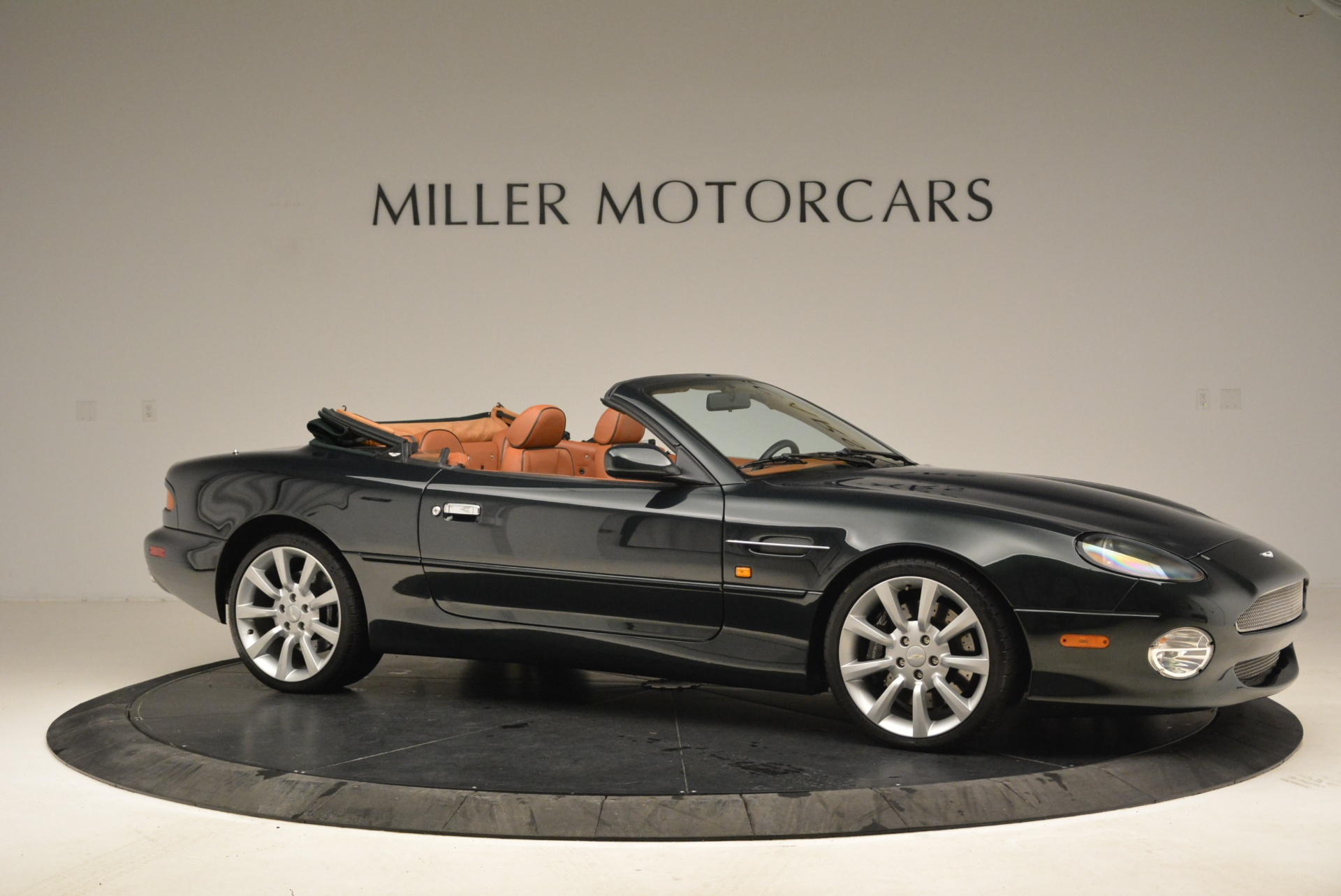 Used 2003 Aston Martin DB7 Vantage Volante For Sale In Westport, CT 2084_p10