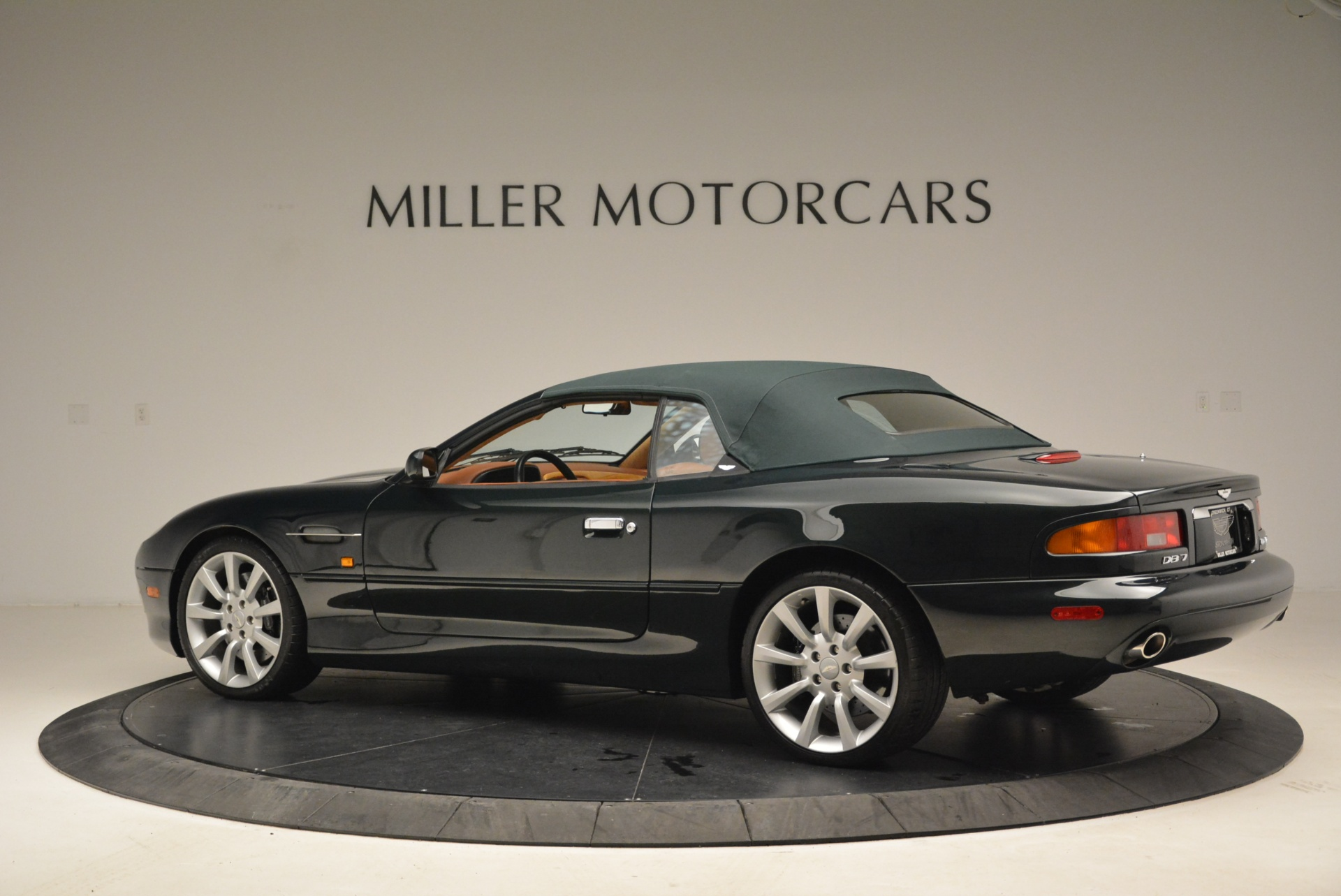 Used 2003 Aston Martin DB7 Vantage Volante For Sale In Westport, CT 2084_p16
