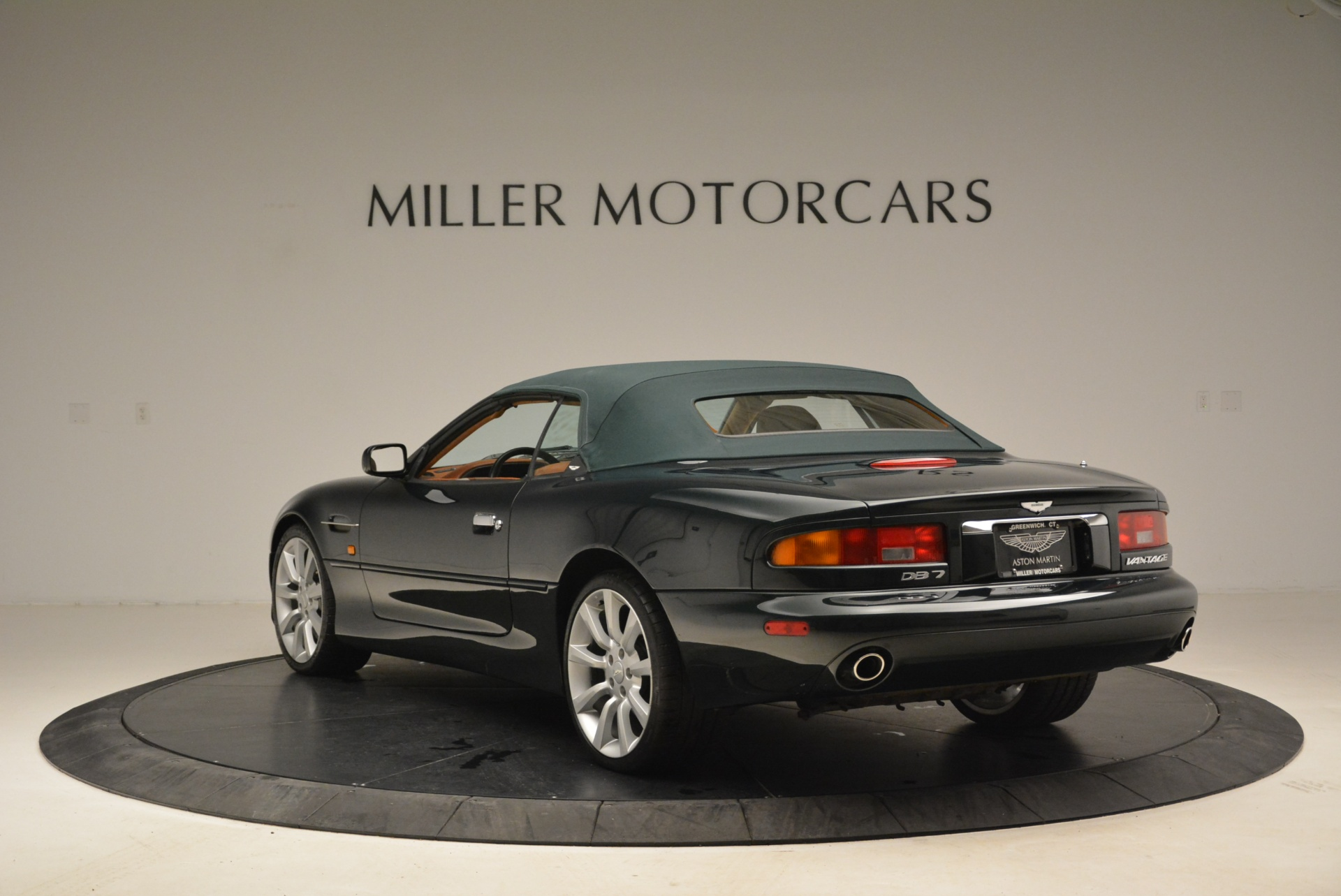 Used 2003 Aston Martin DB7 Vantage Volante For Sale In Westport, CT 2084_p17