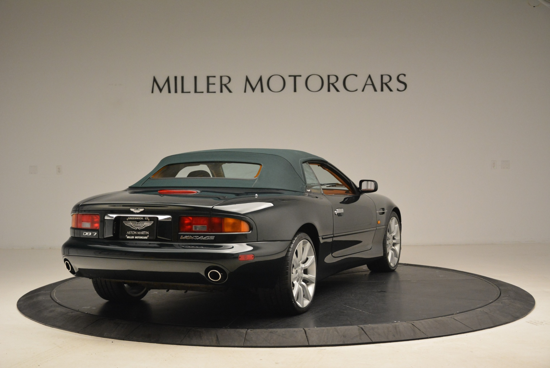 Used 2003 Aston Martin DB7 Vantage Volante For Sale In Westport, CT 2084_p19