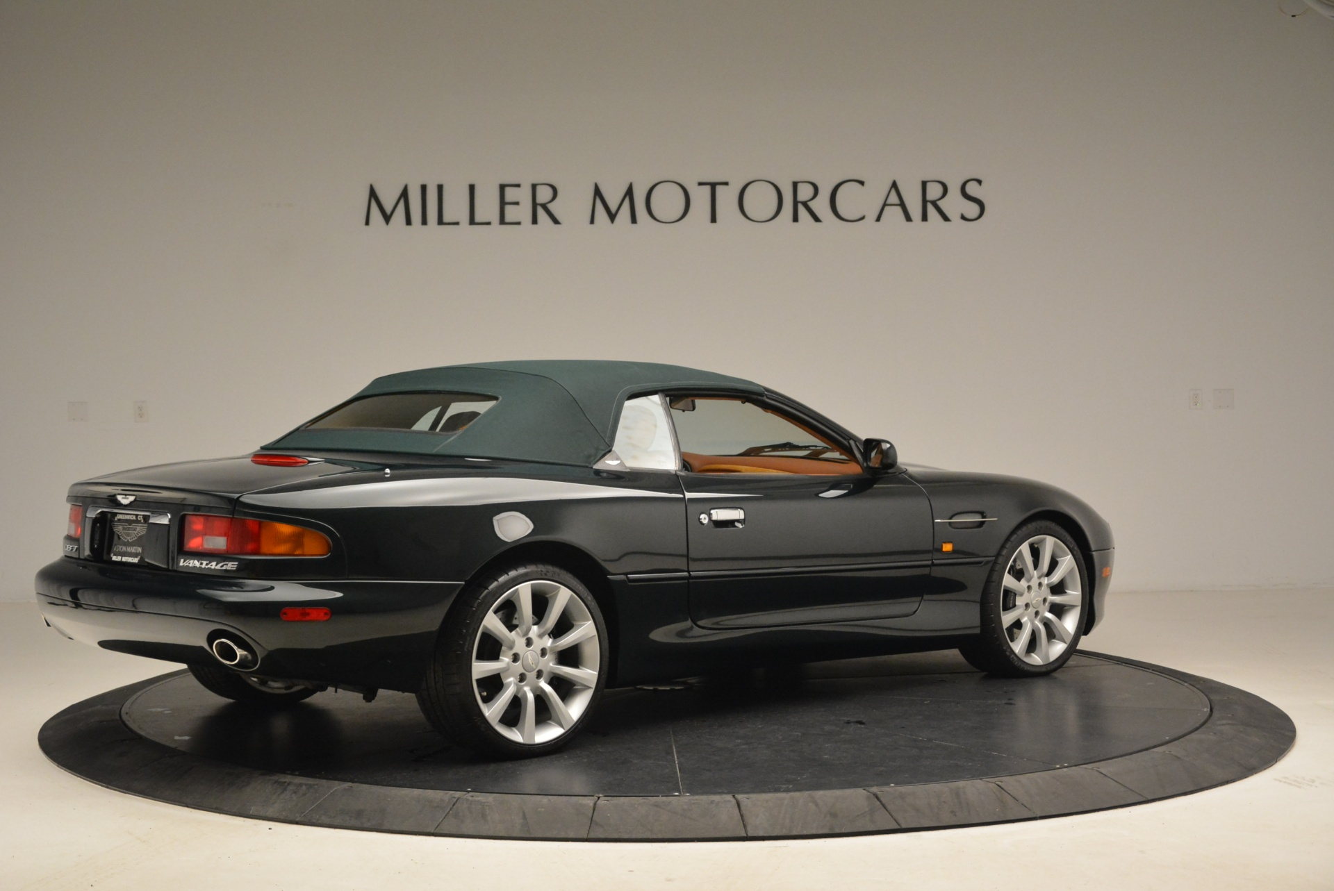 Used 2003 Aston Martin DB7 Vantage Volante For Sale In Westport, CT 2084_p20