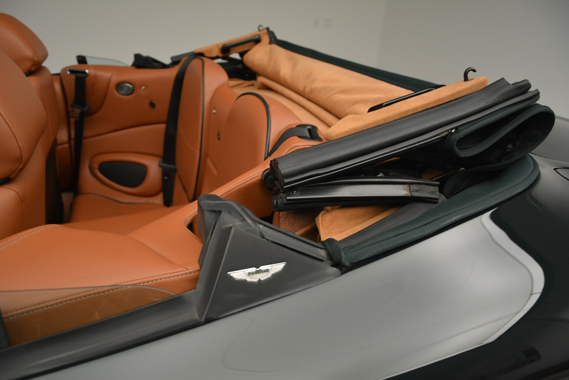 Used 2003 Aston Martin DB7 Vantage Volante For Sale In Westport, CT 2084_p28