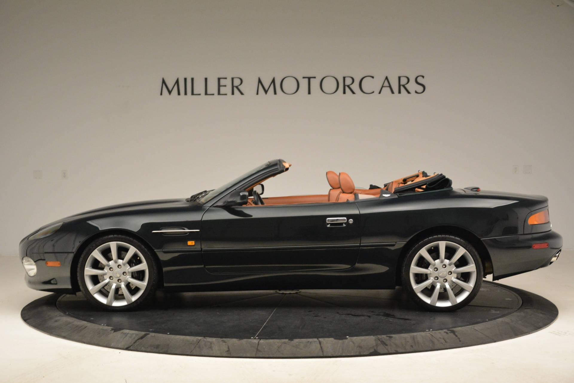 Used 2003 Aston Martin DB7 Vantage Volante For Sale In Westport, CT 2084_p3