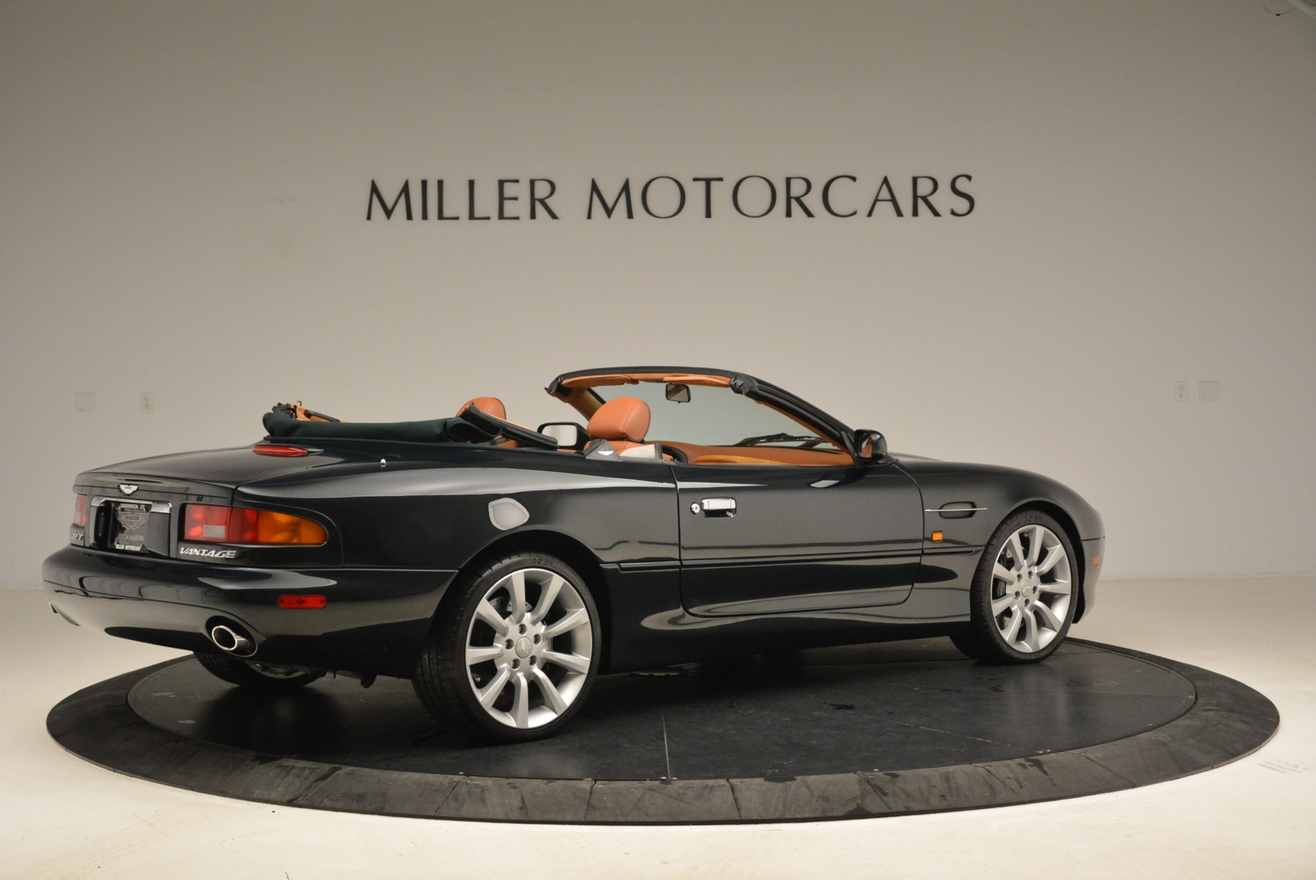 Used 2003 Aston Martin DB7 Vantage Volante For Sale In Westport, CT 2084_p8