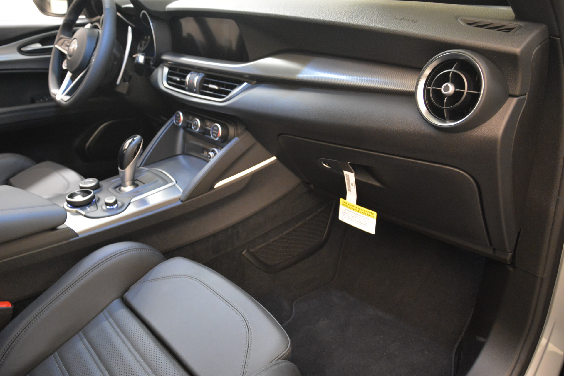 New 2018 Alfa Romeo Stelvio Ti Sport Q4 For Sale In Westport, CT 2086_p19