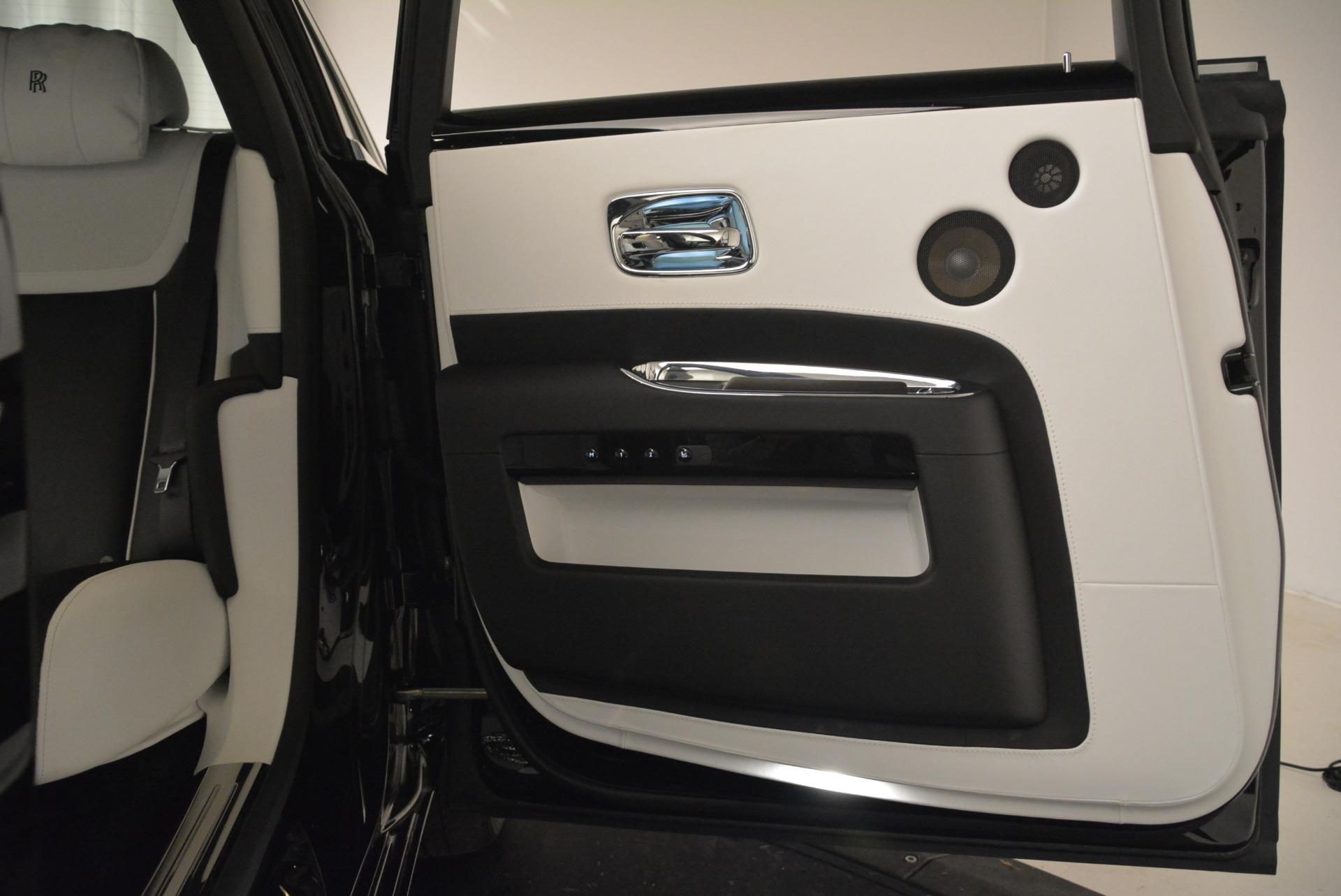 Used 2017 Rolls-Royce Ghost Black Badge For Sale In Westport, CT 2093_p22