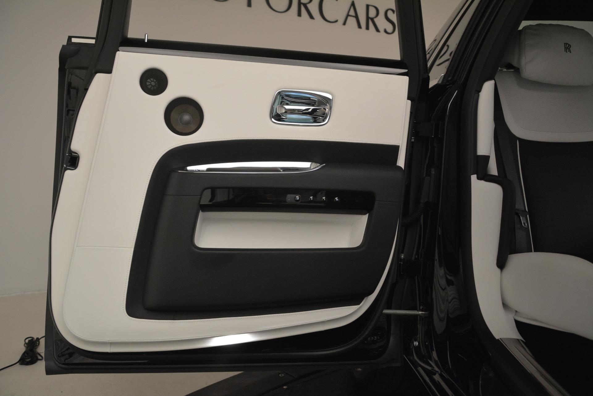 Used 2017 Rolls-Royce Ghost Black Badge For Sale In Westport, CT 2093_p29