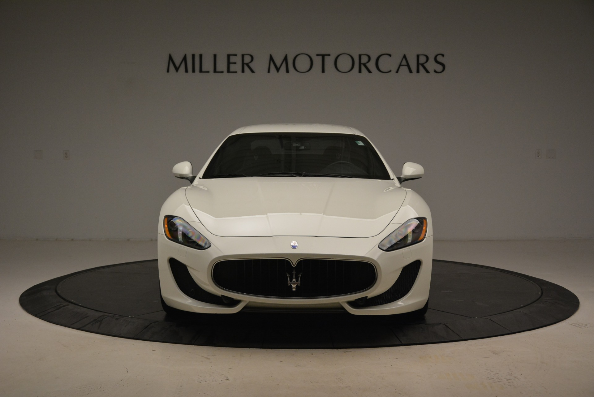 Used 2016 Maserati GranTurismo Sport For Sale In Westport, CT 2095_p14