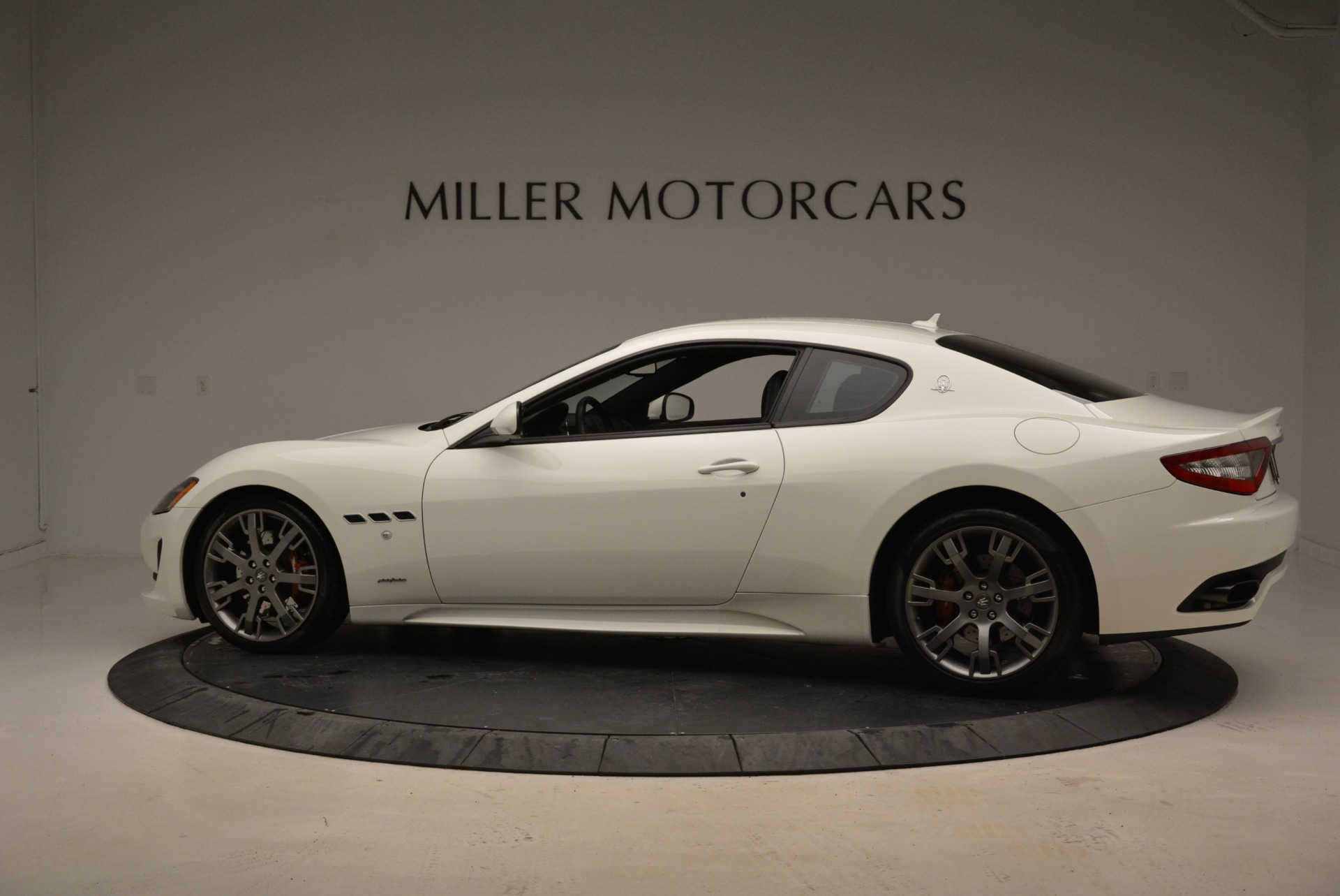 Used 2016 Maserati GranTurismo Sport For Sale In Westport, CT 2095_p4