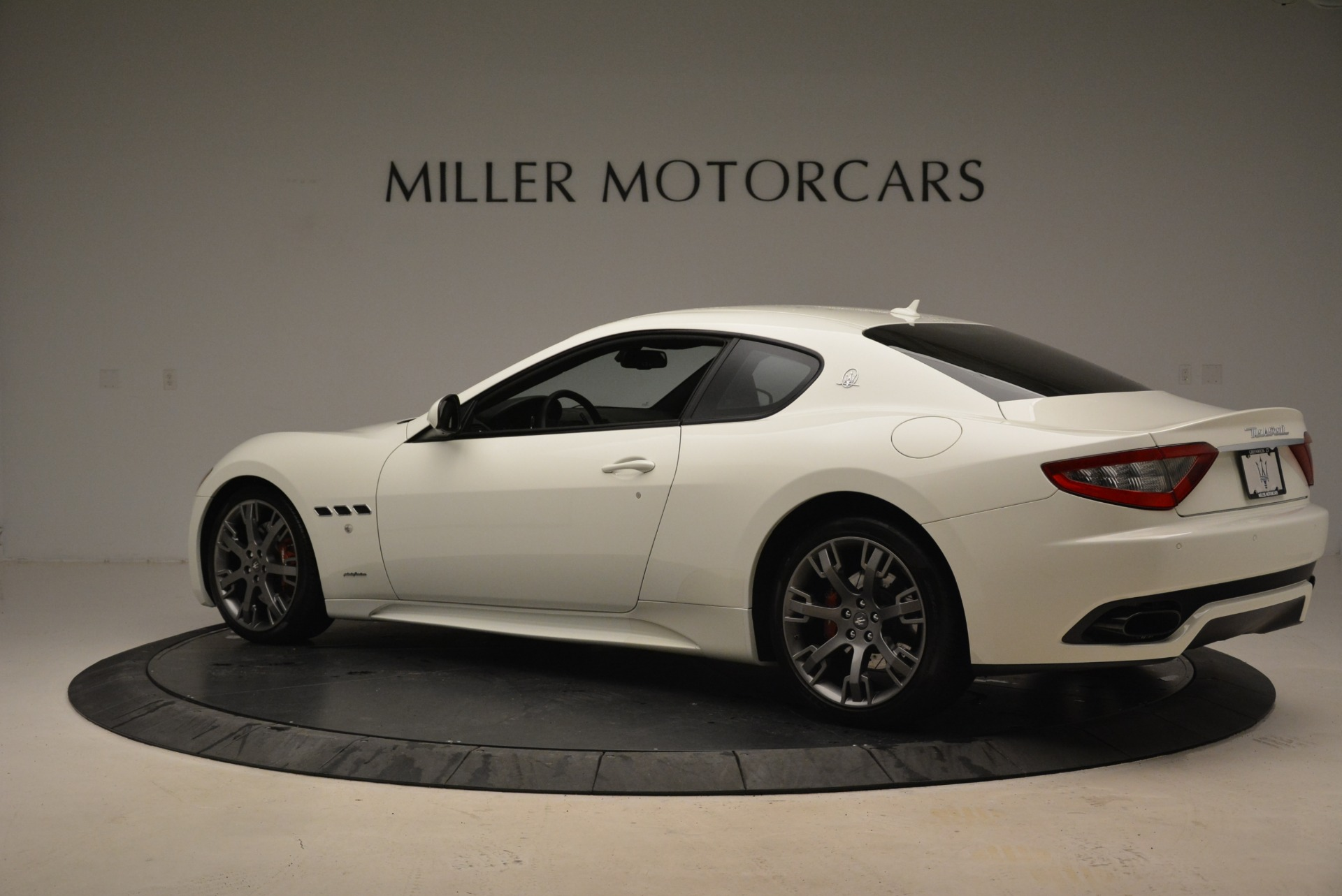 Used 2016 Maserati GranTurismo Sport For Sale In Westport, CT 2095_p5