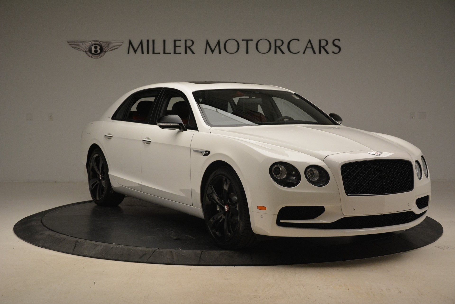 Used 2018 Bentley Flying Spur V8 S Black Edition For Sale In Westport, CT 2096_p11