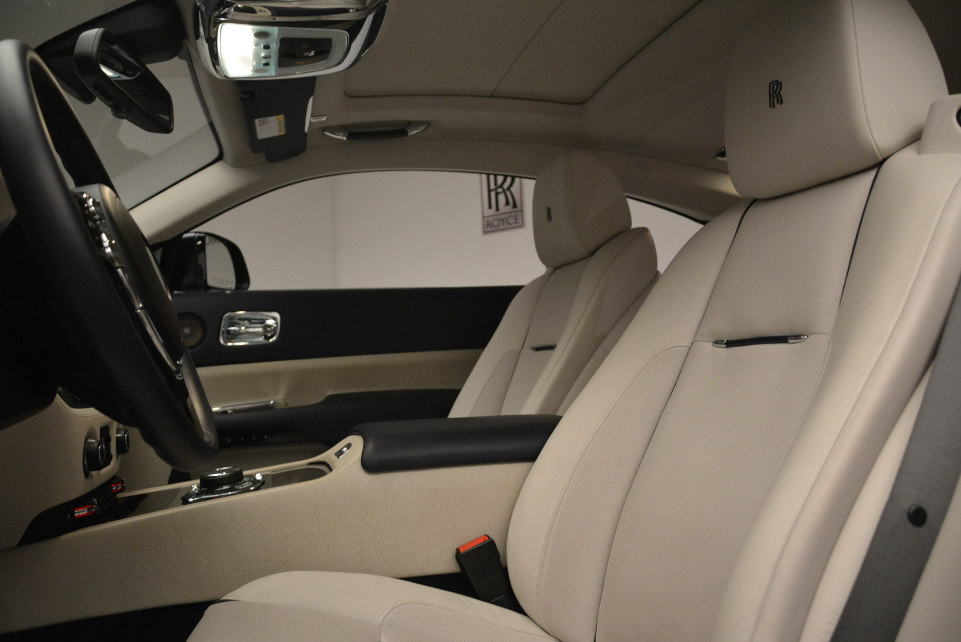 Used 2015 Rolls-Royce Wraith  For Sale In Westport, CT 2099_p17