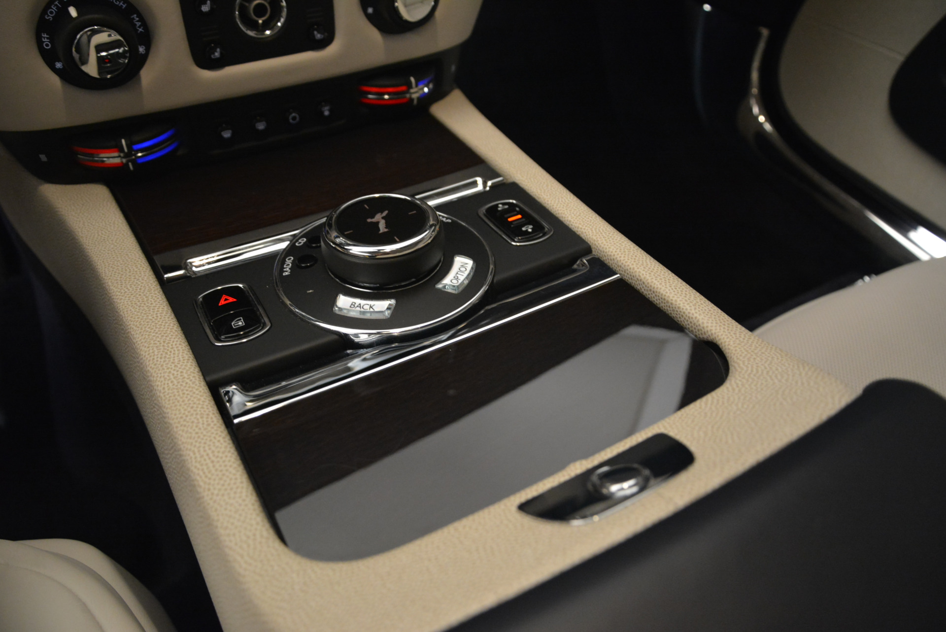 Used 2015 Rolls-Royce Wraith  For Sale In Westport, CT 2099_p19