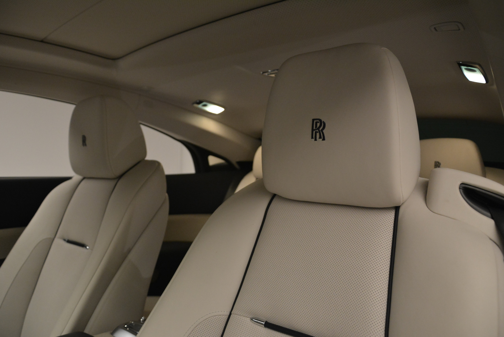 Used 2015 Rolls-Royce Wraith  For Sale In Westport, CT 2099_p28