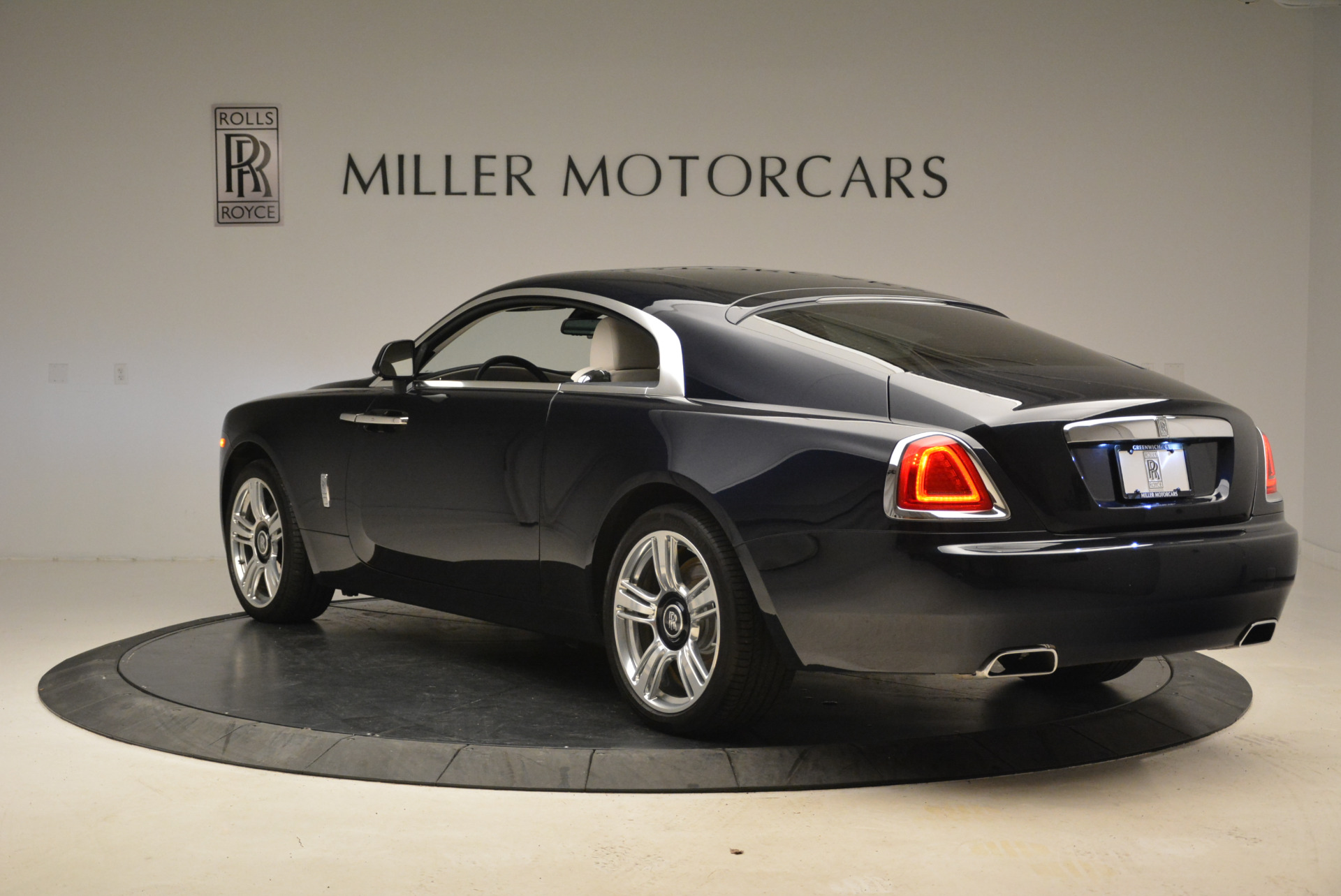 Used 2015 Rolls-Royce Wraith  For Sale In Westport, CT 2099_p5