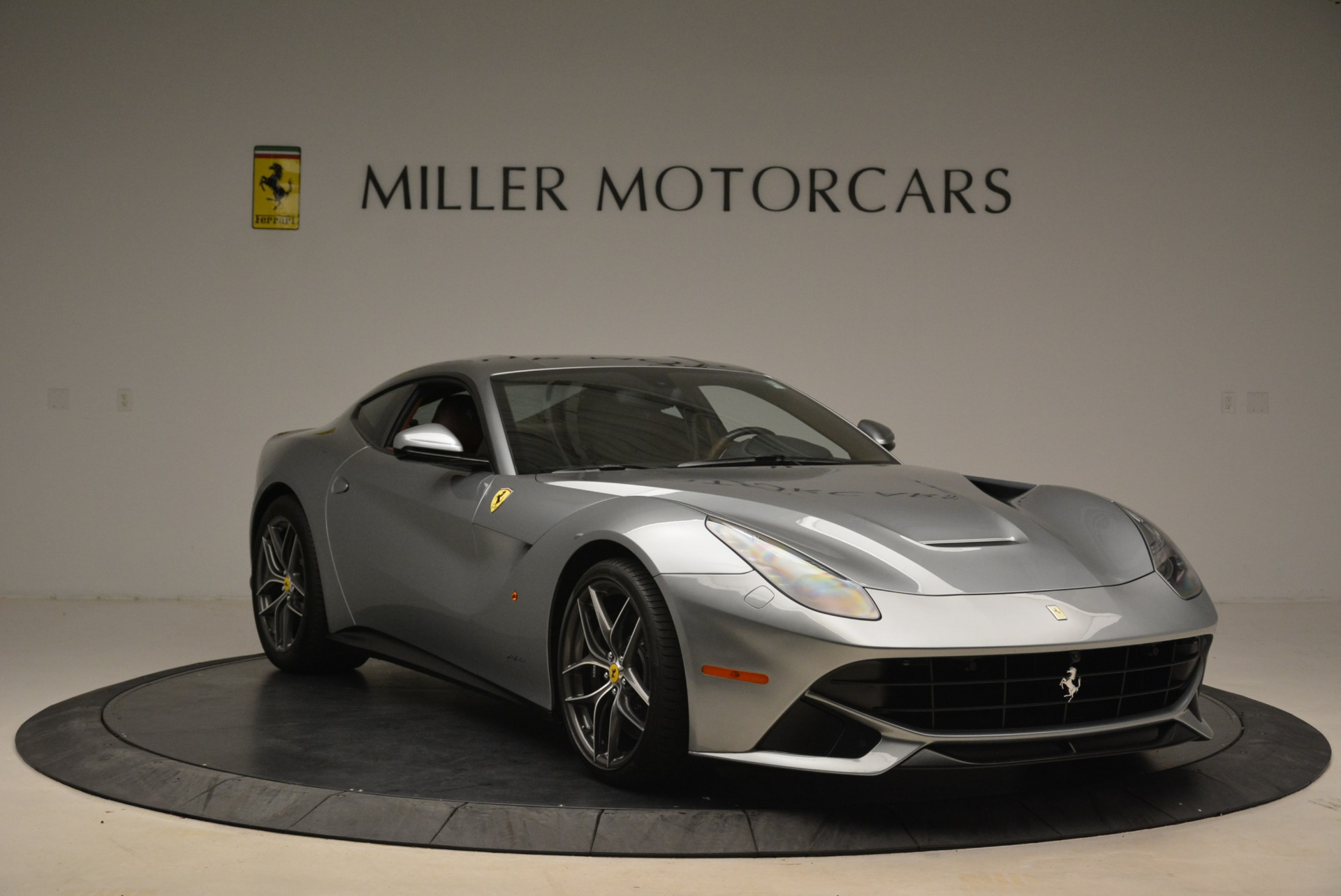 Used 2017 Ferrari F12 Berlinetta  For Sale In Westport, CT 2111_p11