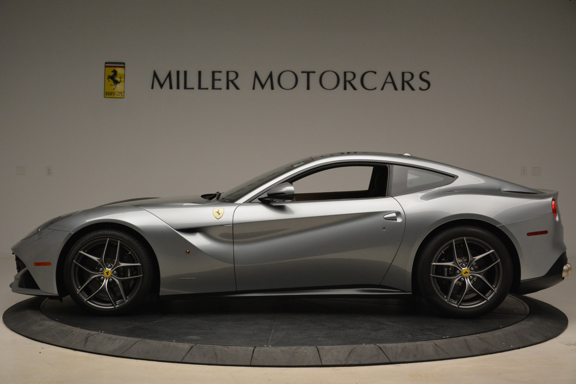 Used 2017 Ferrari F12 Berlinetta  For Sale In Westport, CT 2111_p3