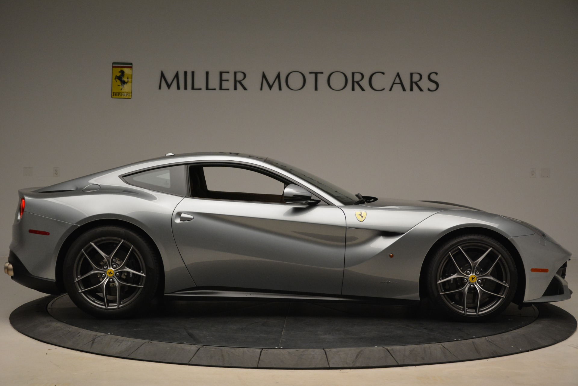 Used 2017 Ferrari F12 Berlinetta  For Sale In Westport, CT 2111_p9