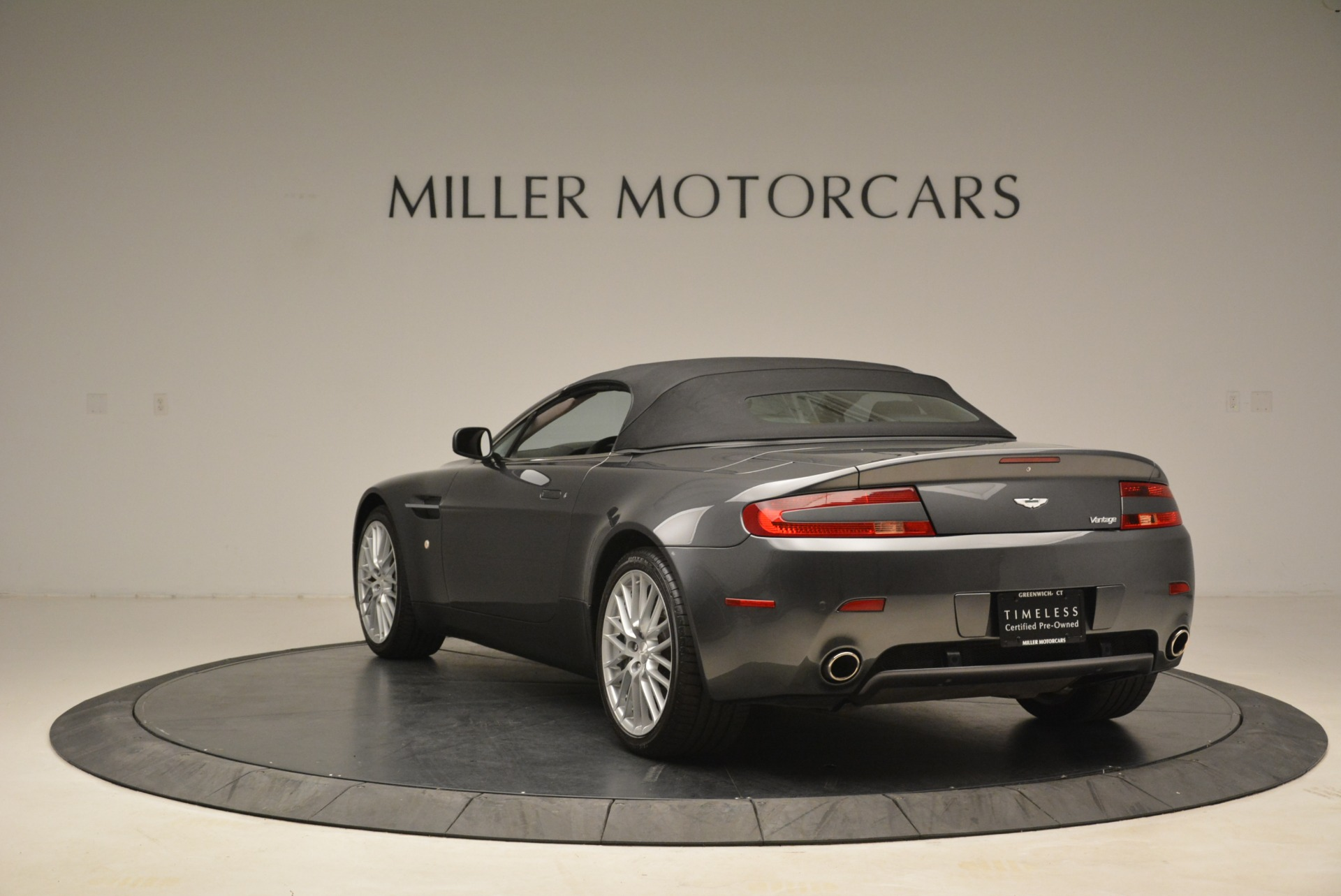 Used 2009 Aston Martin V8 Vantage Roadster For Sale In Westport, CT 2123_p17