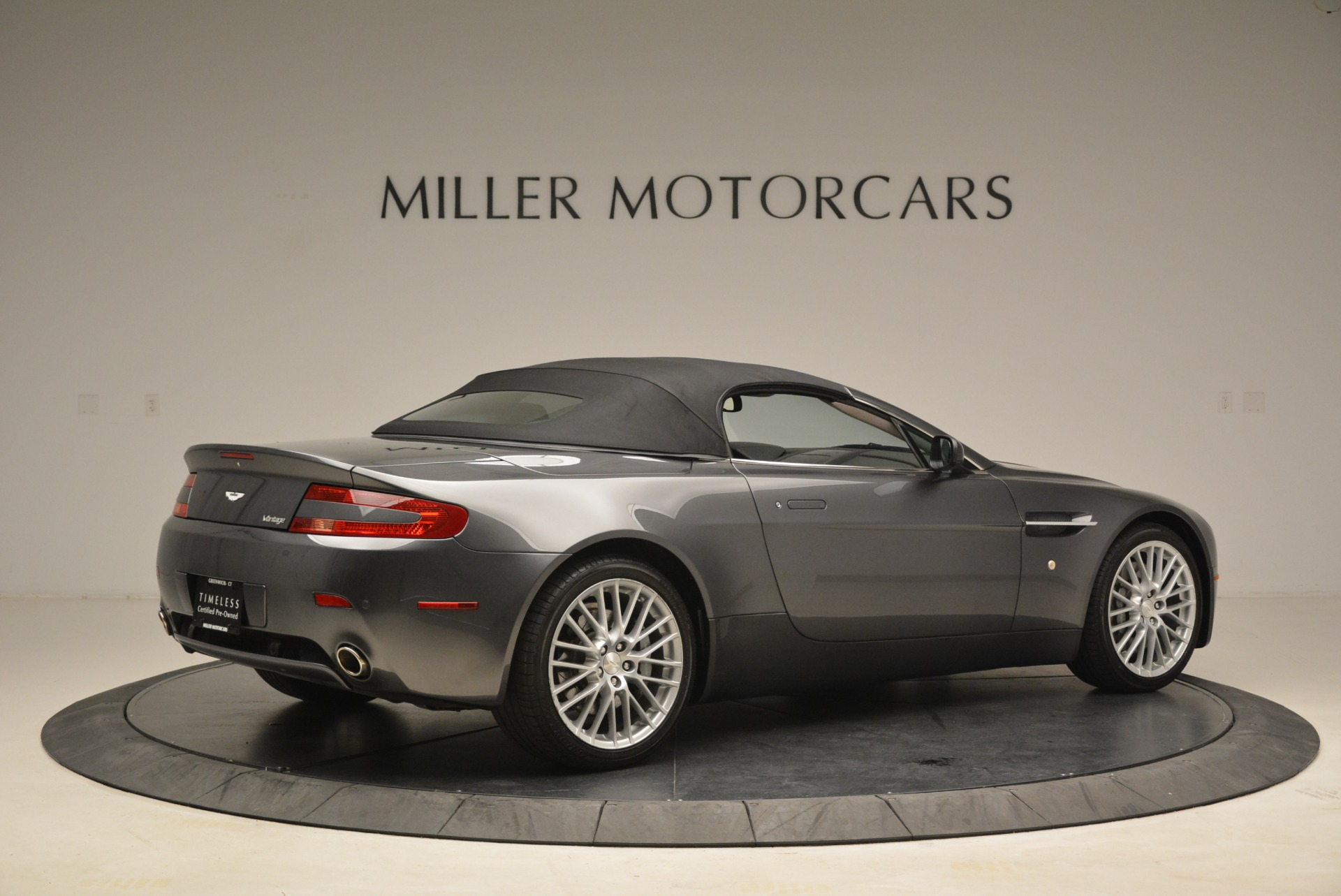 Used 2009 Aston Martin V8 Vantage Roadster For Sale In Westport, CT 2123_p20