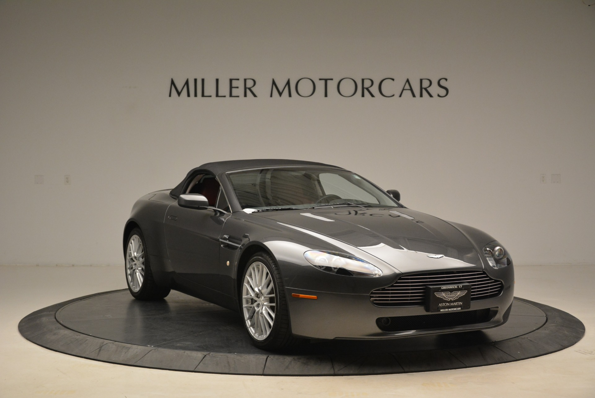 Used 2009 Aston Martin V8 Vantage Roadster For Sale In Westport, CT 2123_p23