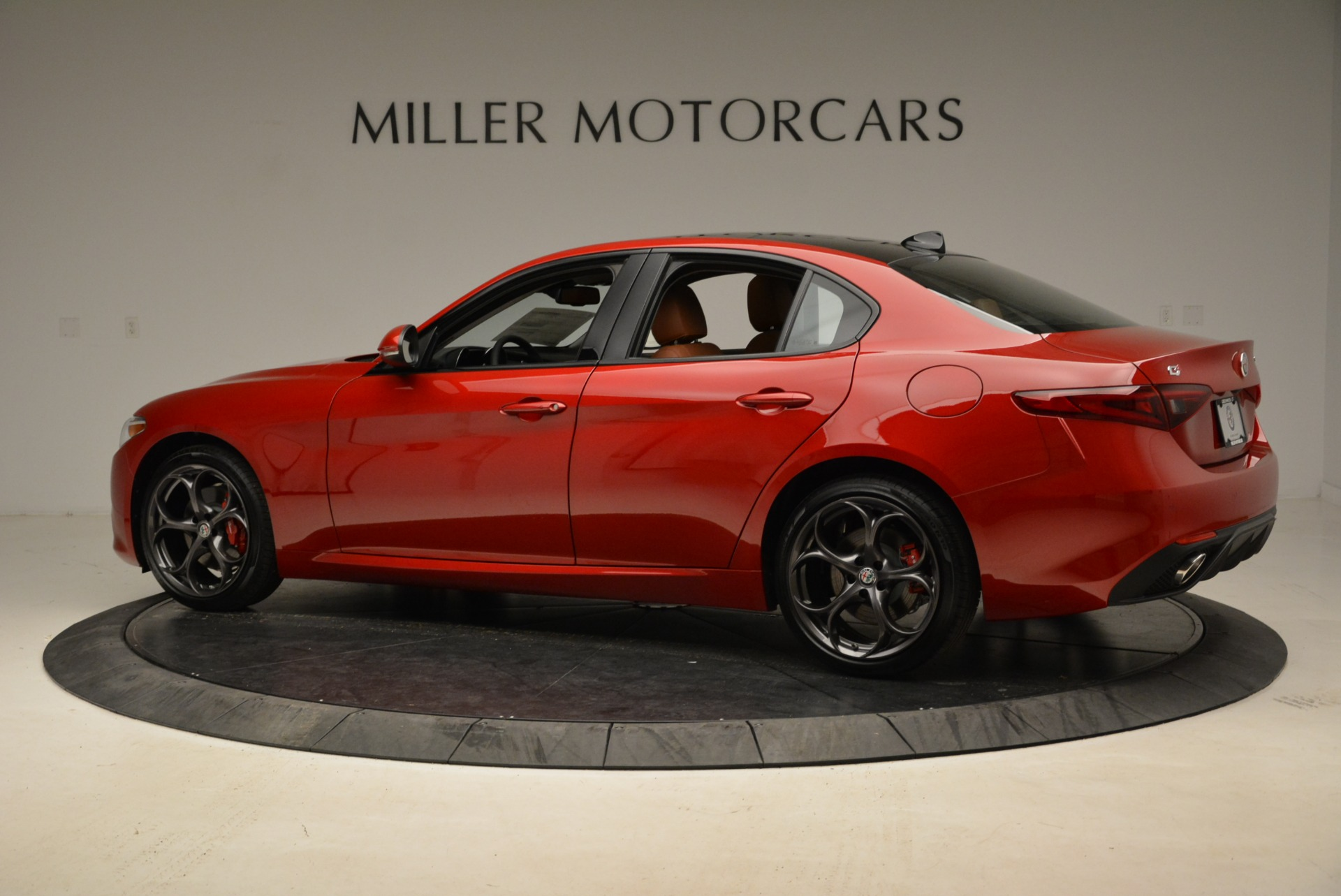 New 2018 Alfa Romeo Giulia Ti Sport Q4 For Sale In Westport, CT 2127_p4