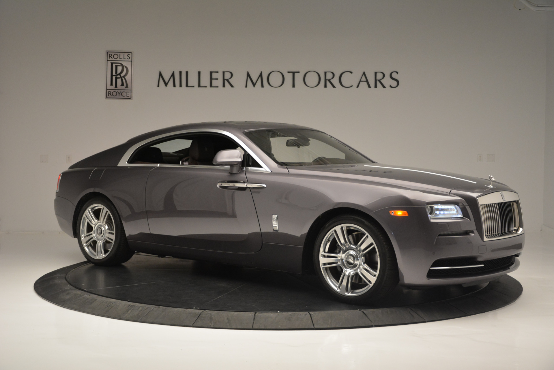 Used 2016 Rolls-Royce Wraith  For Sale In Westport, CT 214_p10