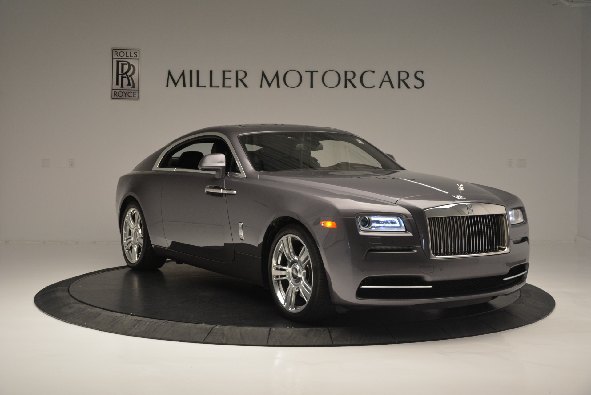 Used 2016 Rolls-Royce Wraith  For Sale In Westport, CT 214_p11