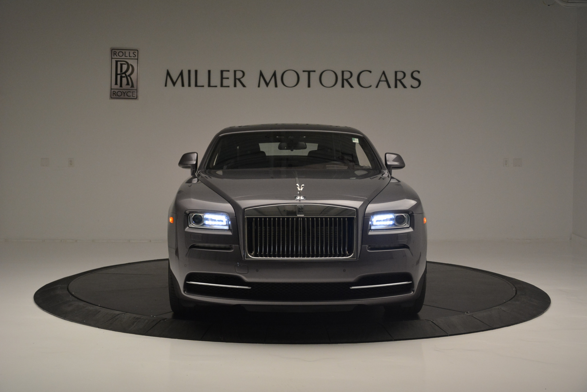 Used 2016 Rolls-Royce Wraith  For Sale In Westport, CT 214_p12