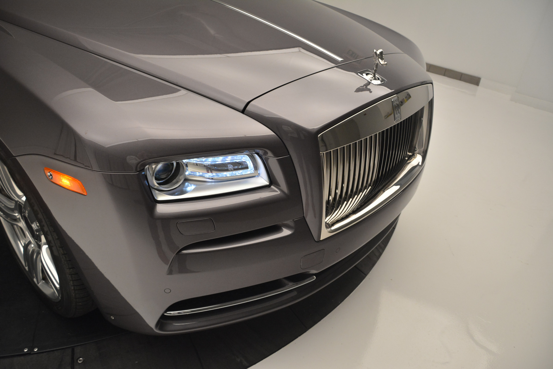 Used 2016 Rolls-Royce Wraith  For Sale In Westport, CT 214_p14
