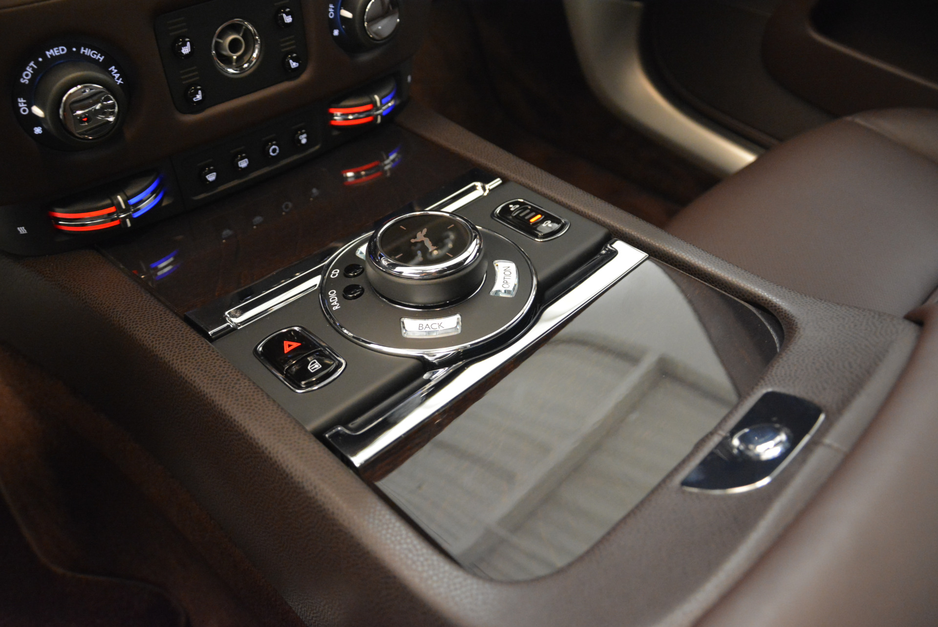Used 2016 Rolls-Royce Wraith  For Sale In Westport, CT 214_p20
