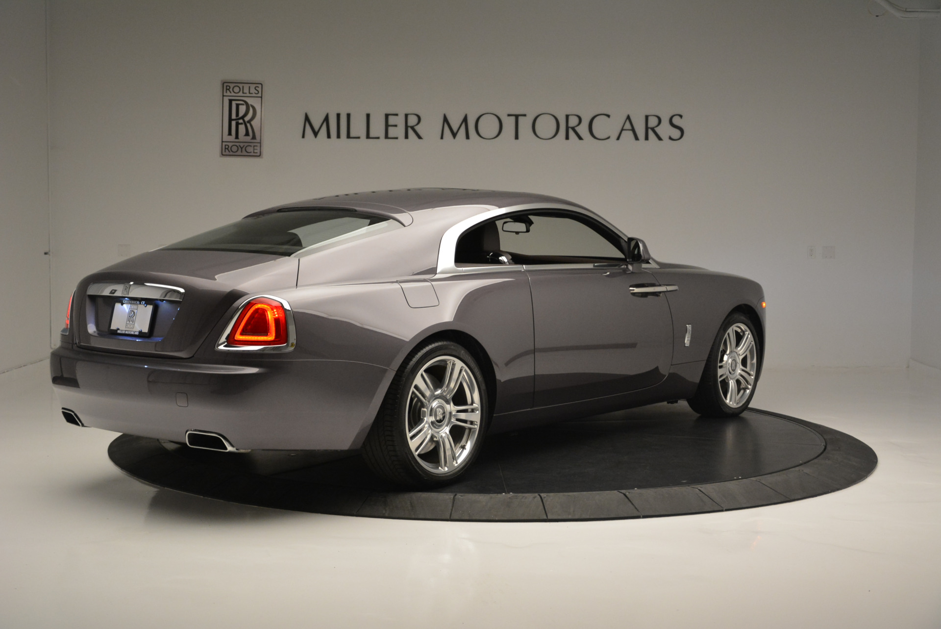Used 2016 Rolls-Royce Wraith  For Sale In Westport, CT 214_p8