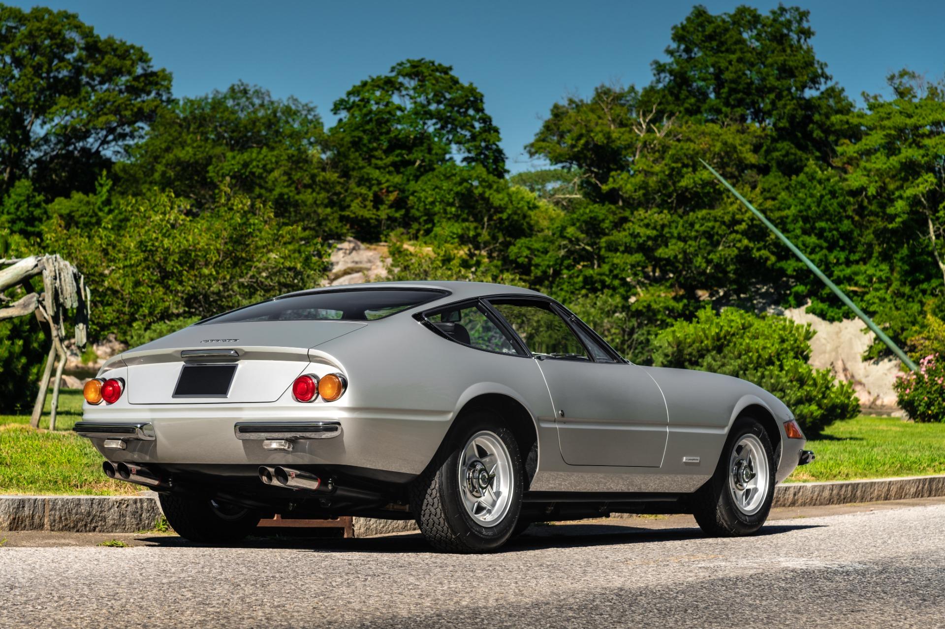 Used 1971 Ferrari 365 GTB/4 Daytona For Sale In Westport, CT 2146_p3
