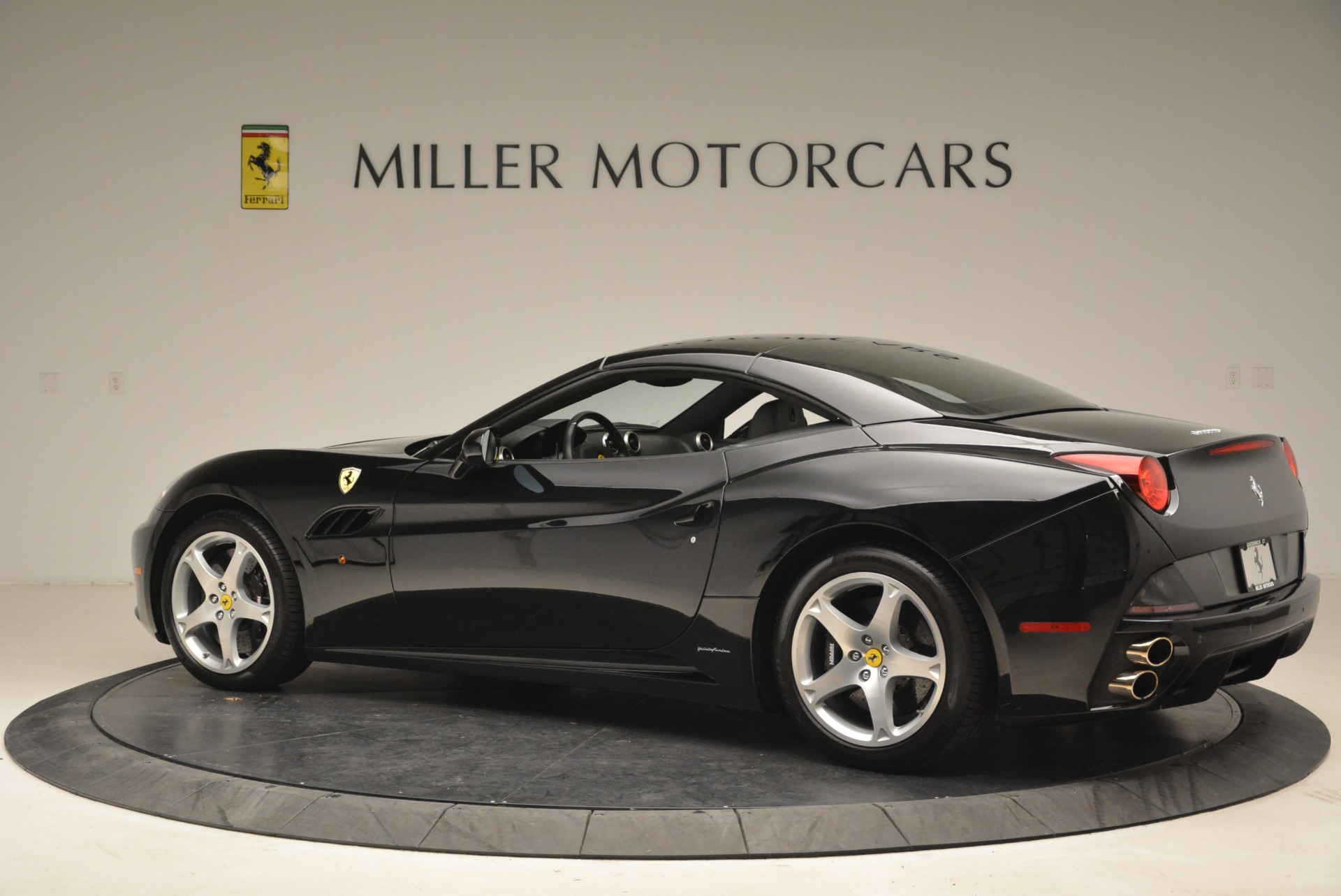 Used 2009 Ferrari California  For Sale In Westport, CT 2149_p16