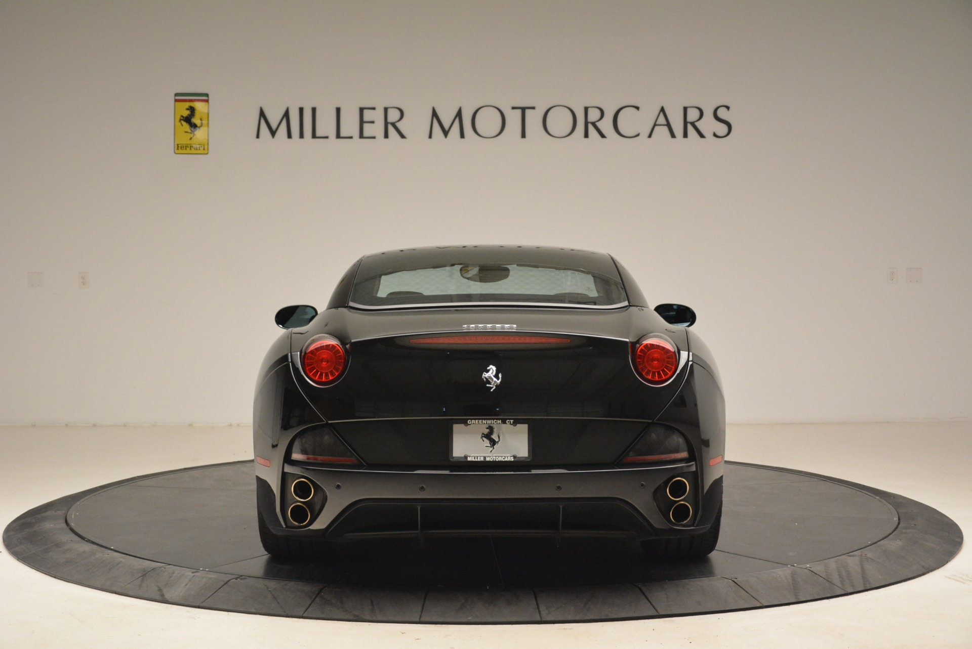 Used 2009 Ferrari California  For Sale In Westport, CT 2149_p18