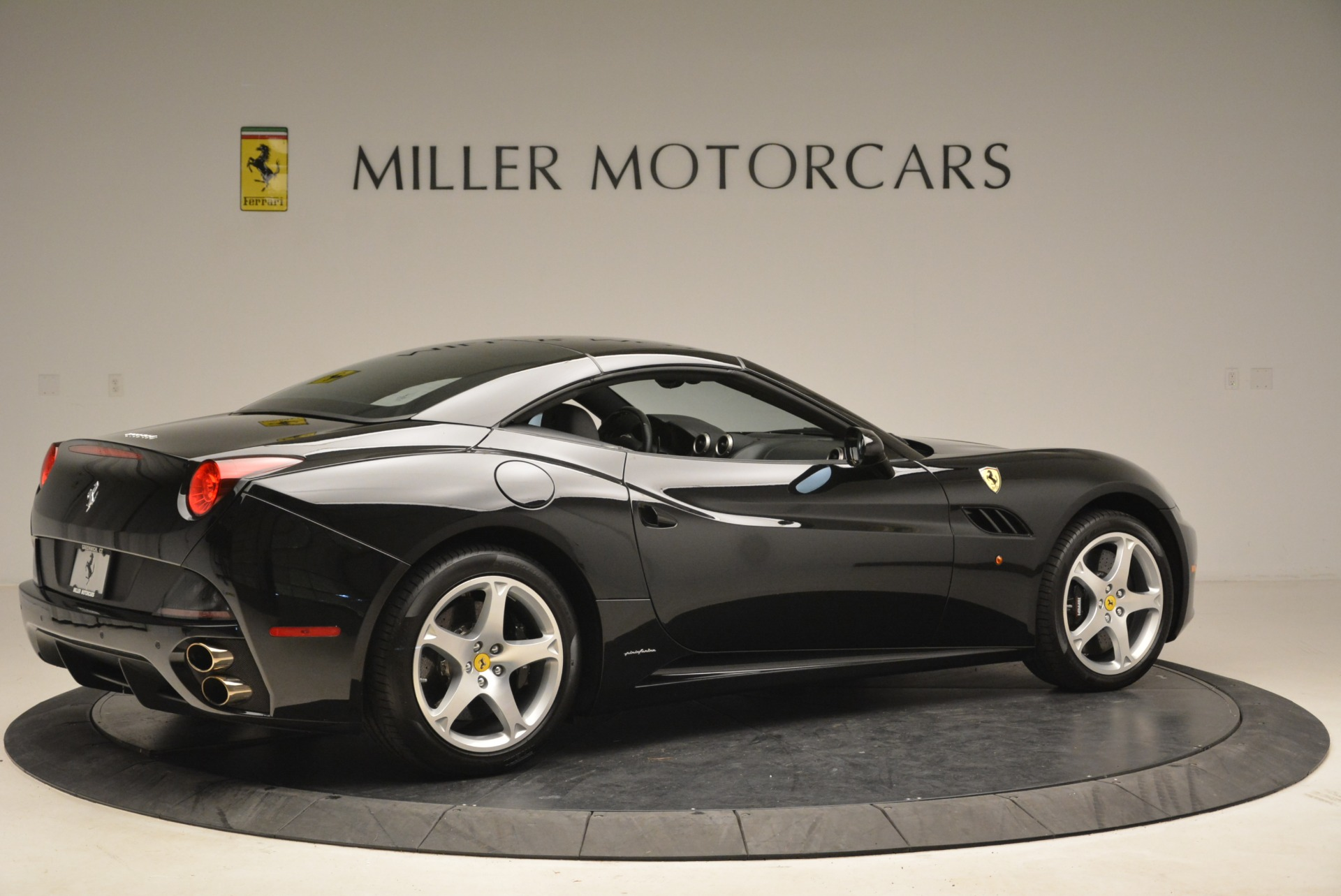 Used 2009 Ferrari California  For Sale In Westport, CT 2149_p20
