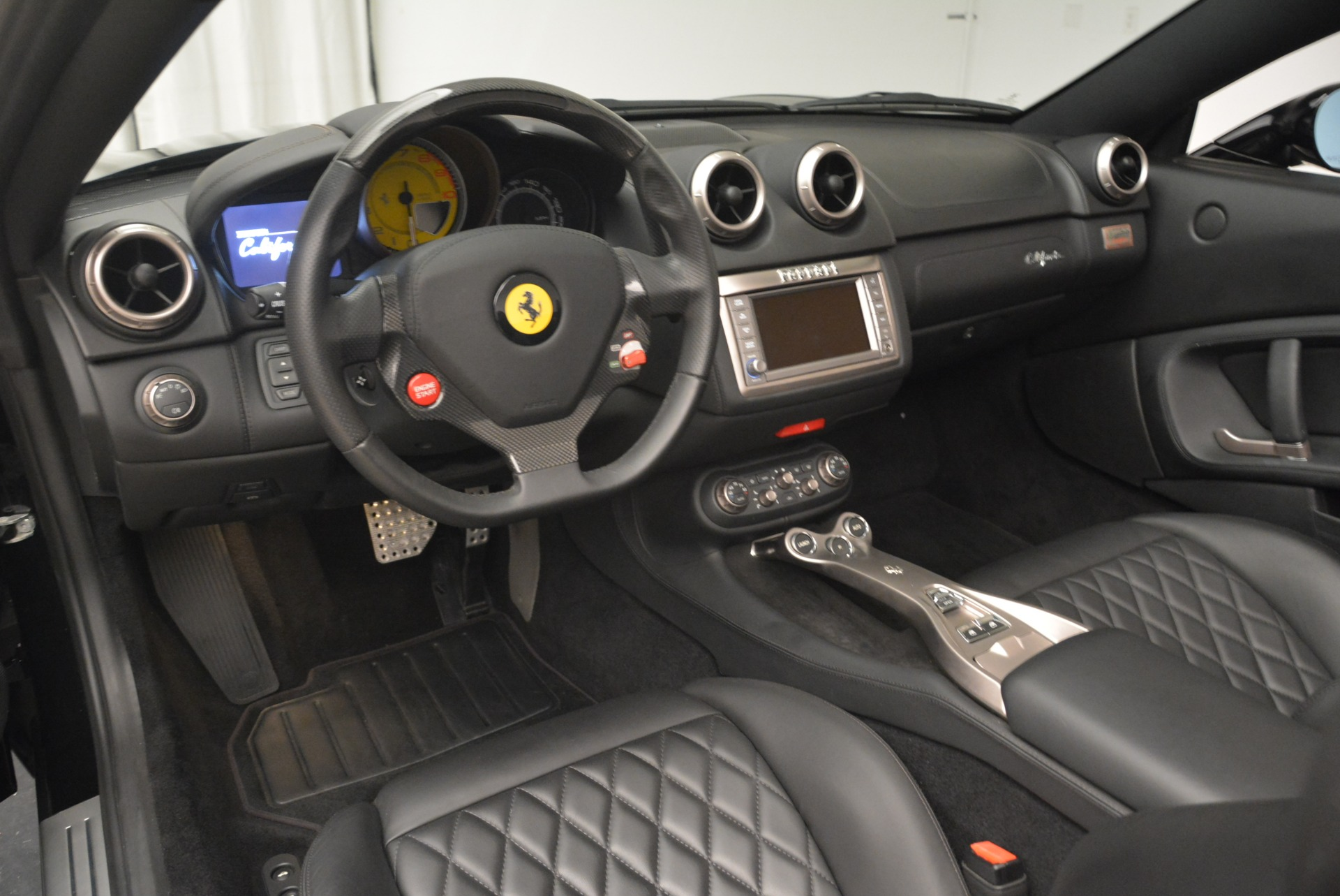 Used 2009 Ferrari California  For Sale In Westport, CT 2149_p25