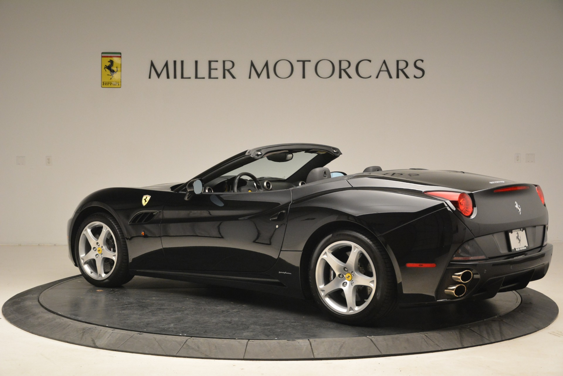 Used 2009 Ferrari California  For Sale In Westport, CT 2149_p4