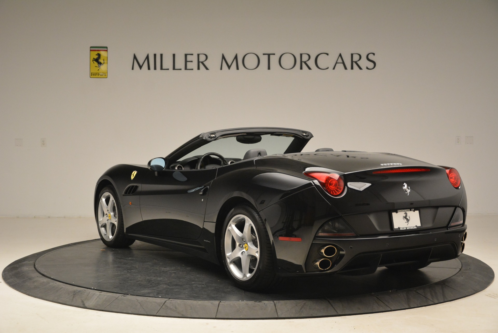 Used 2009 Ferrari California  For Sale In Westport, CT 2149_p5