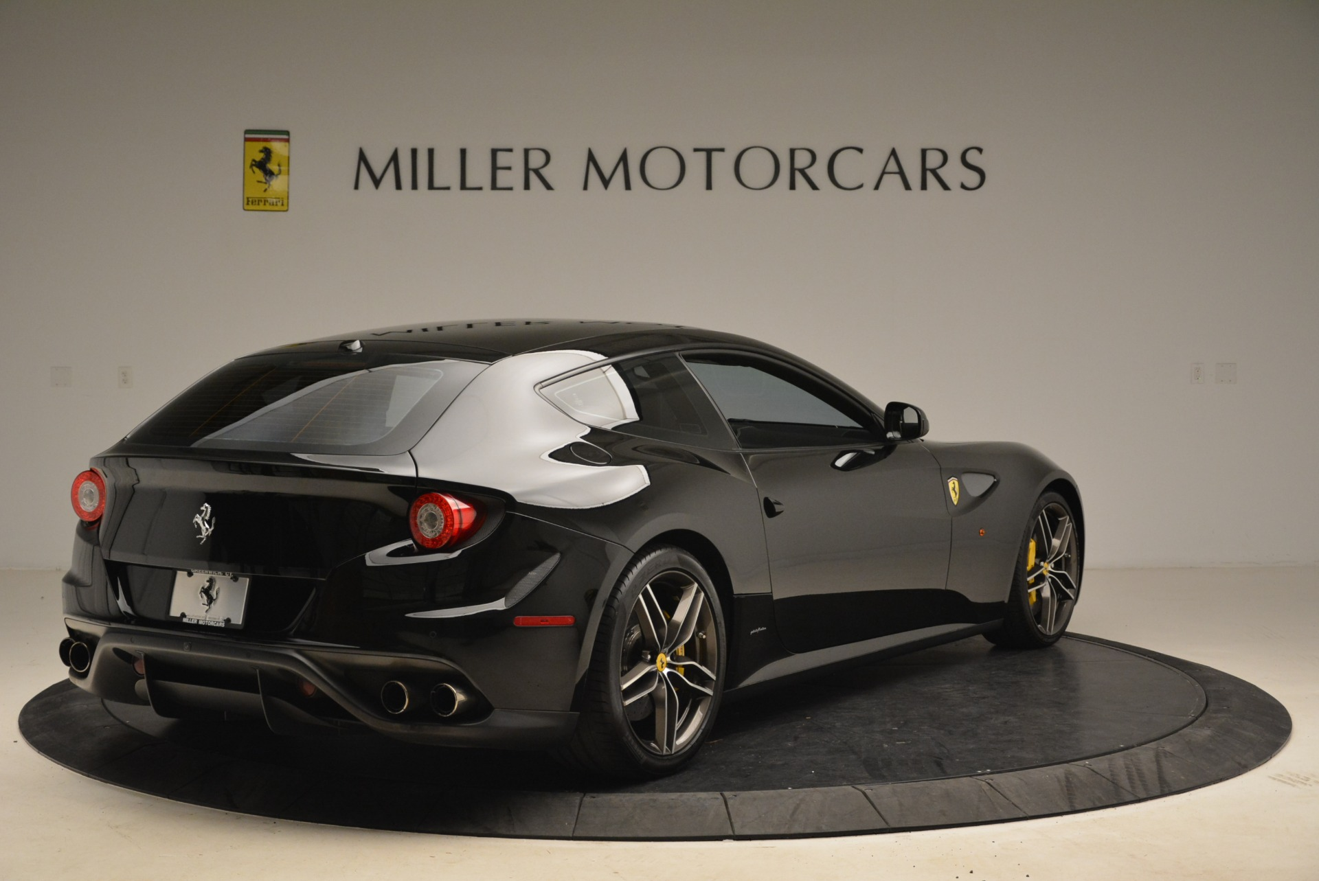 Used 2014 Ferrari FF  For Sale In Westport, CT 2152_p7