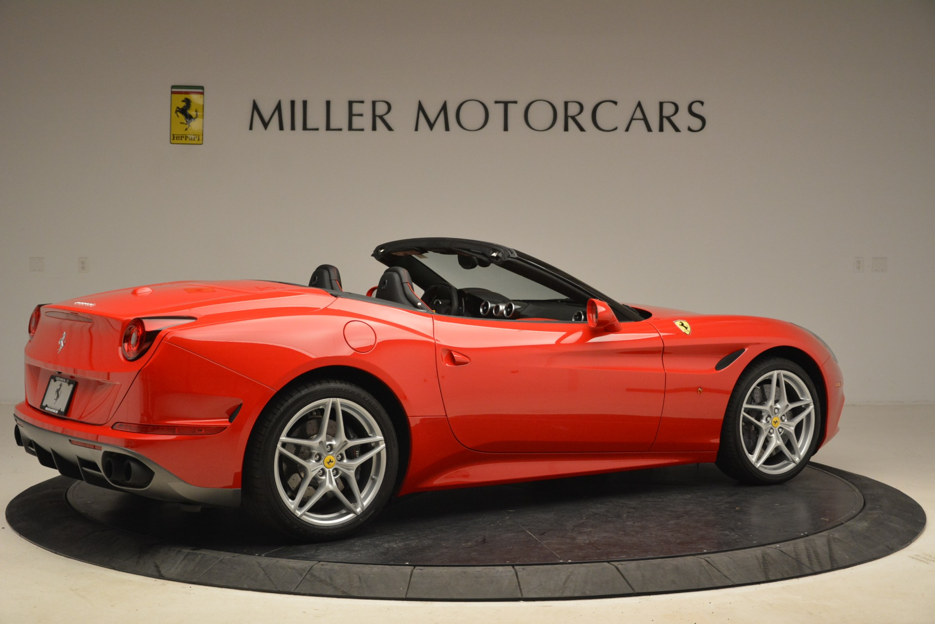 Used 2016 Ferrari California T Handling Speciale For Sale In Westport, CT 2153_p8