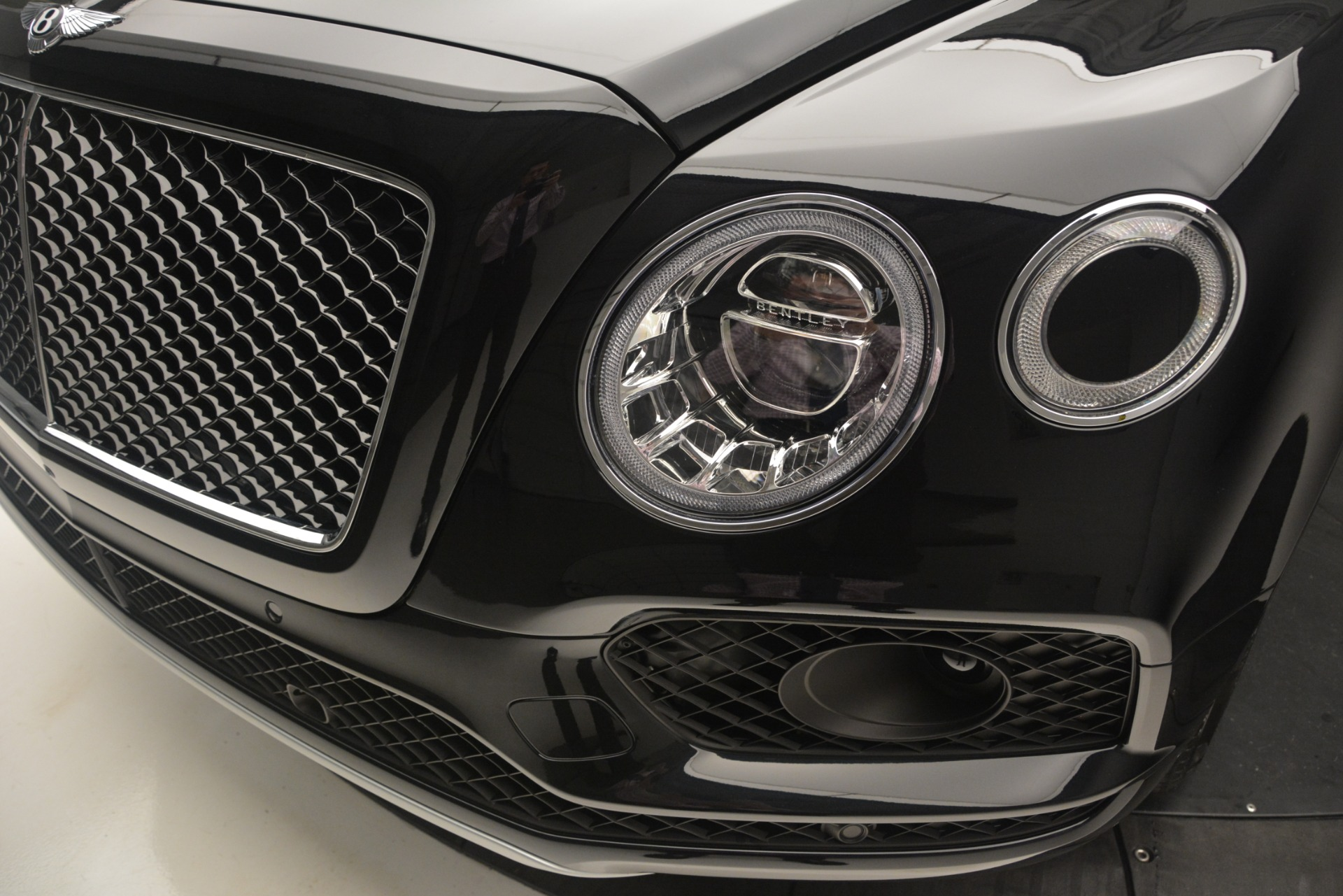 New 2019 Bentley Bentayga V8 For Sale In Westport, CT 2160_p14
