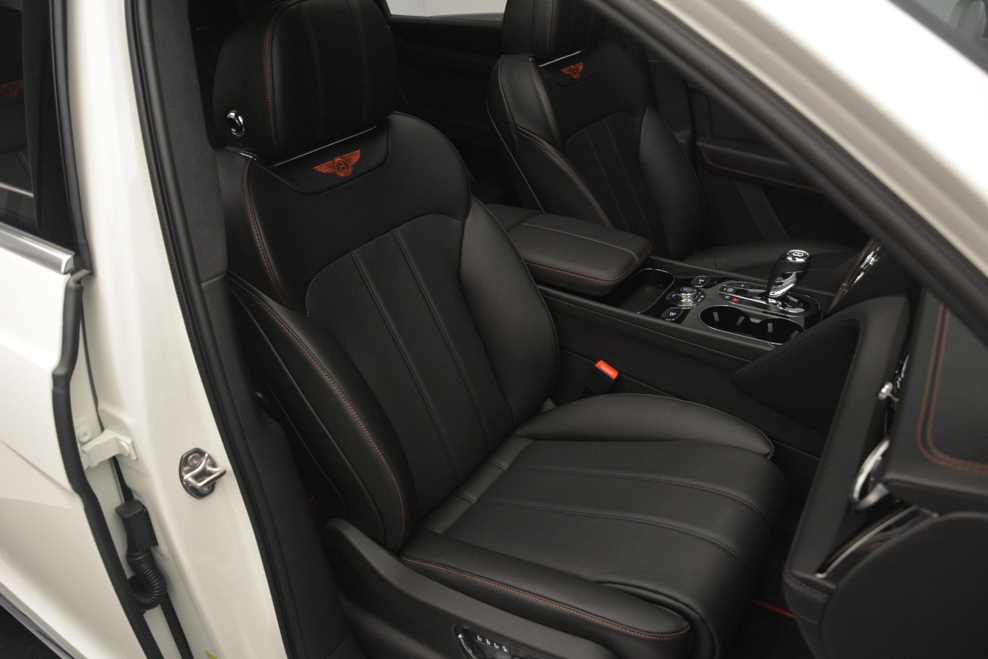 Used 2019 Bentley Bentayga V8 For Sale In Westport, CT 2162_p25