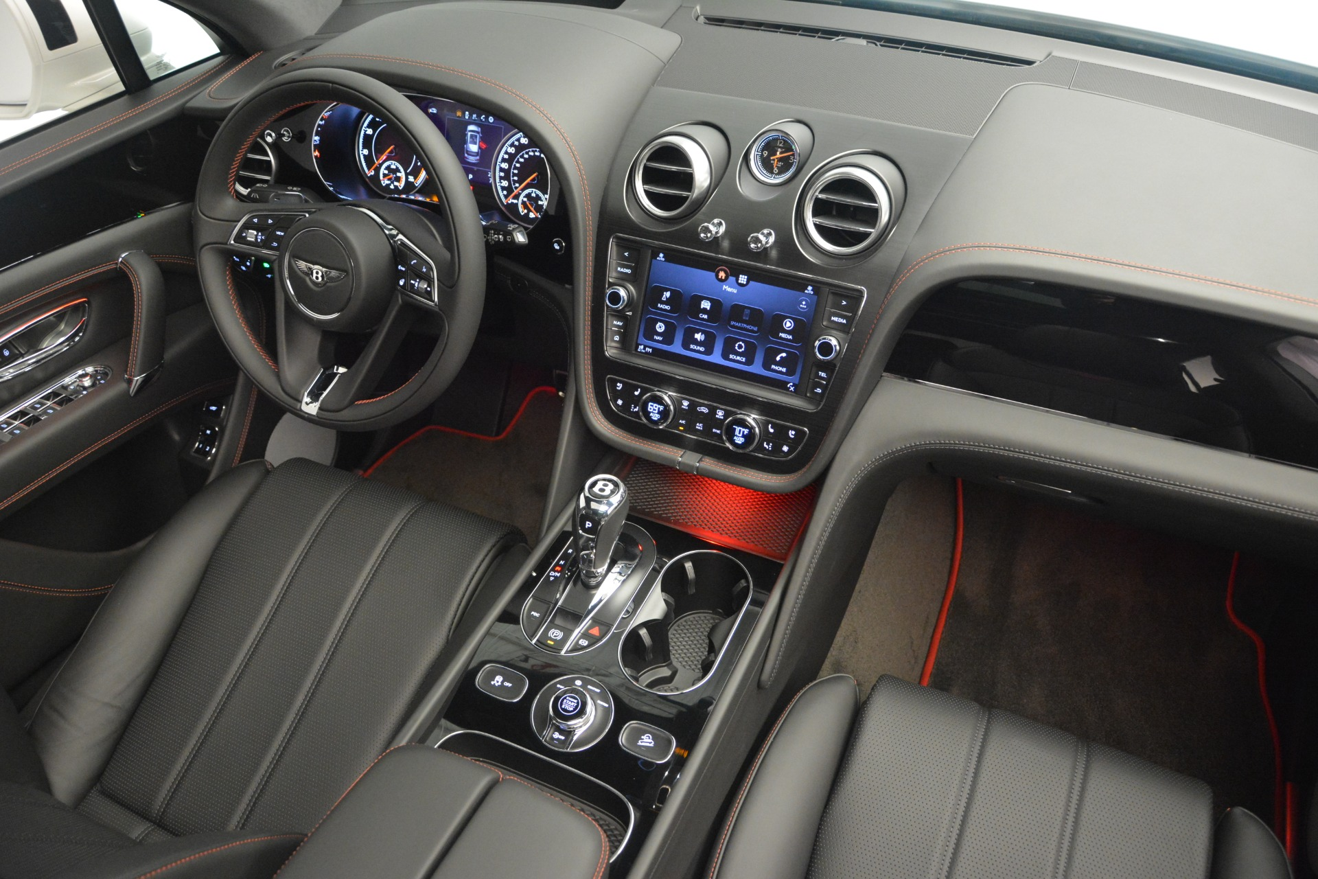 Used 2019 Bentley Bentayga V8 For Sale In Westport, CT 2162_p28