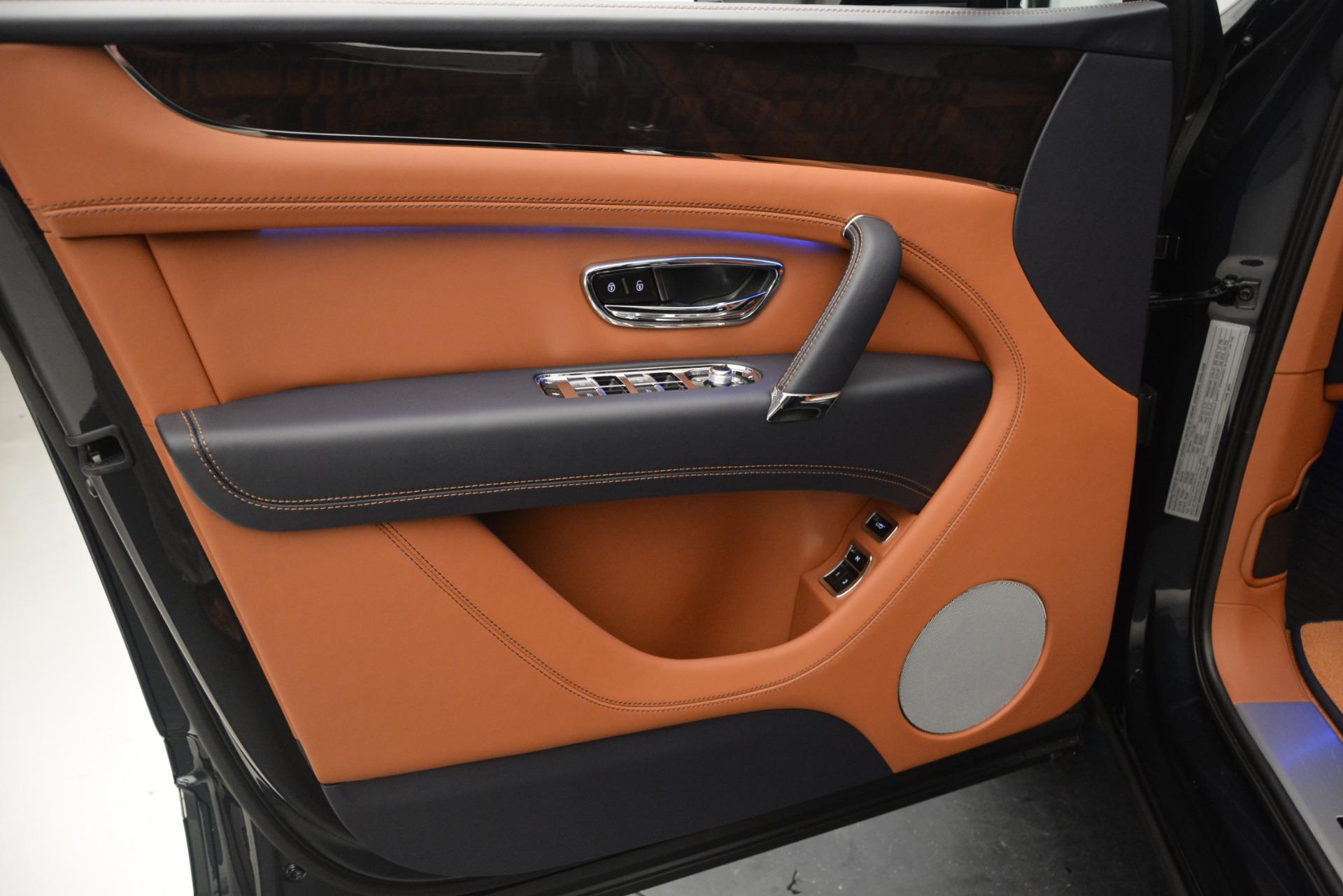 New 2019 Bentley Bentayga V8 For Sale In Westport, CT 2163_p16