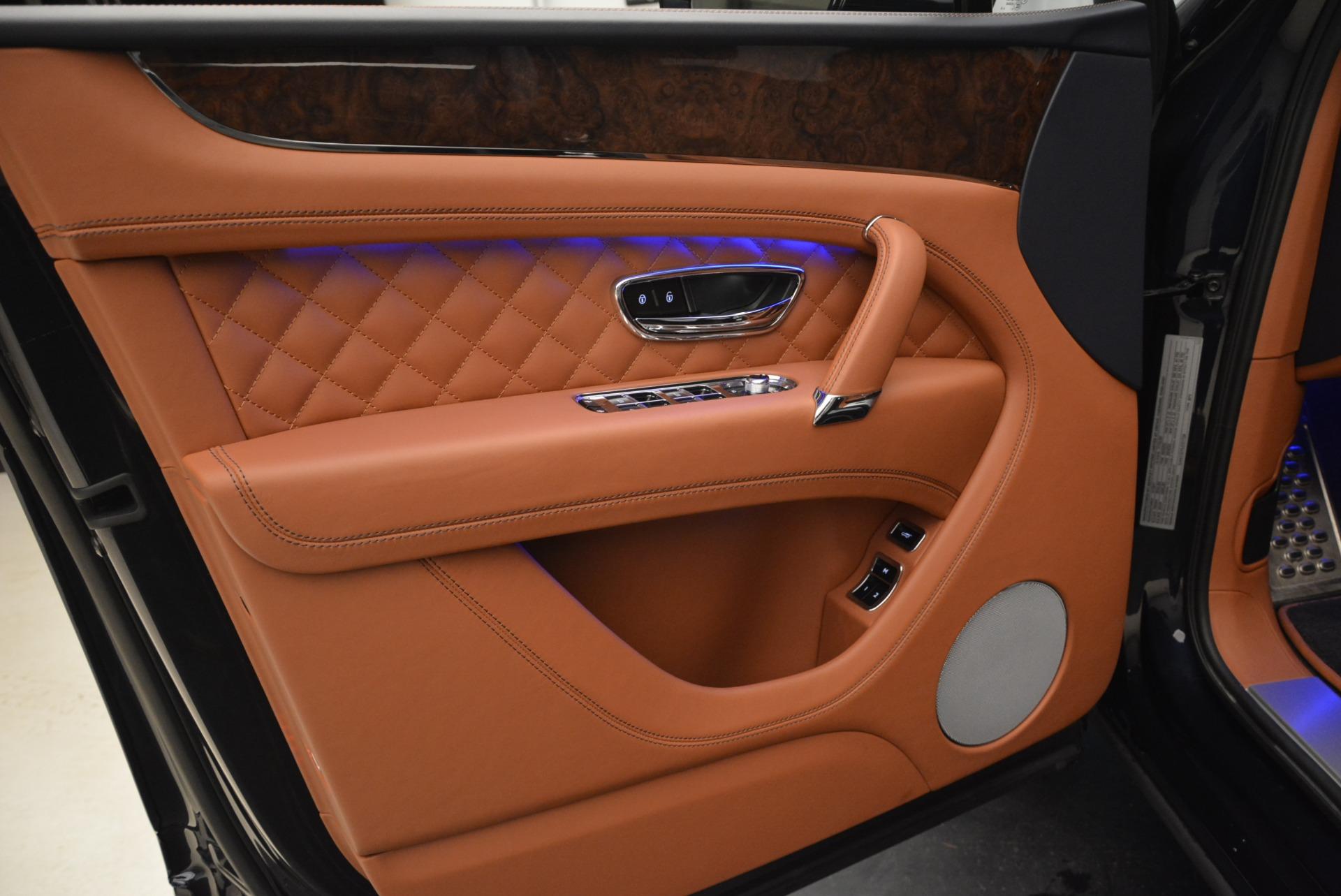 Used 2018 Bentley Bentayga W12 Signature For Sale In Westport, CT 2165_p15