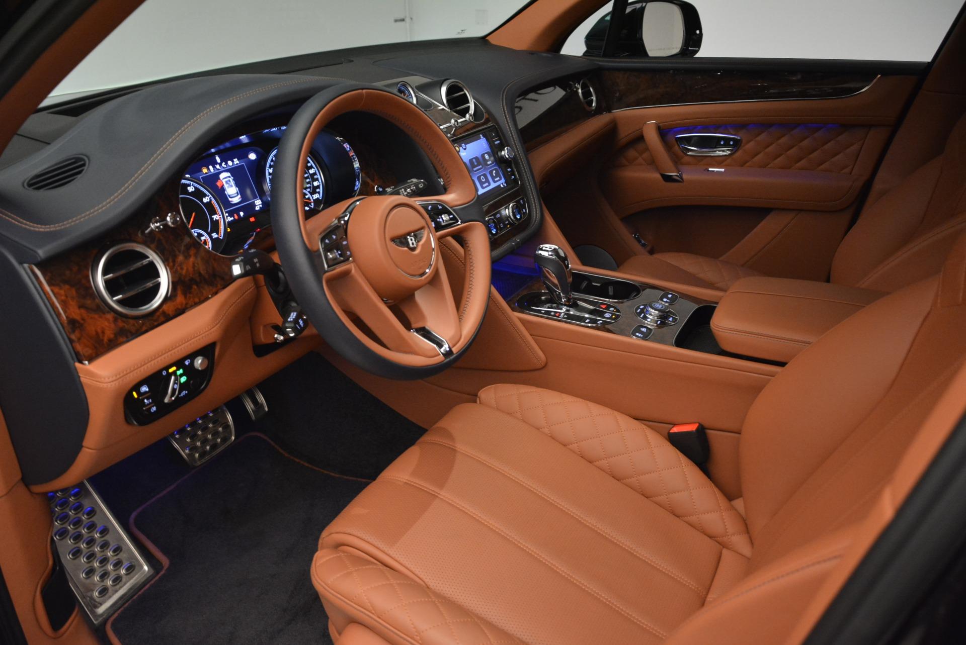 Used 2018 Bentley Bentayga W12 Signature For Sale In Westport, CT 2165_p17